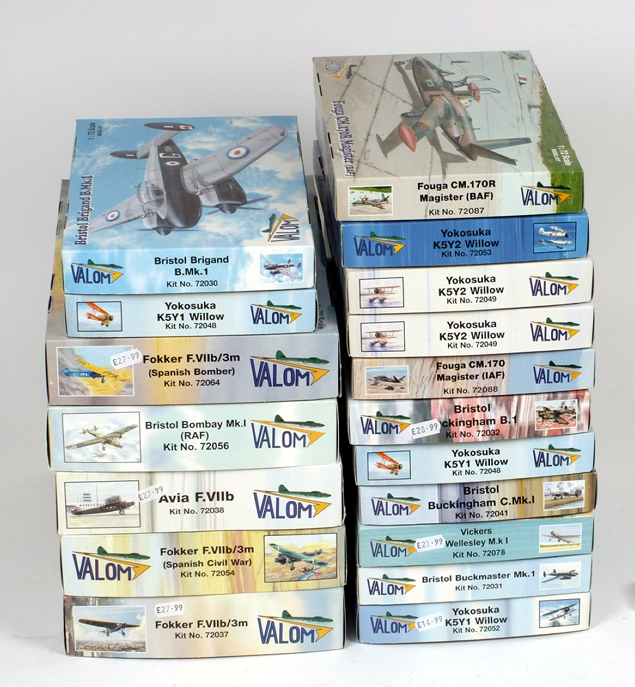 Lot 2 - 18 x Valom aircraft plastic model kits. All boxed, unstarted and complete.