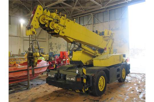 Crane: Kobelco RK70M-2 7Ton 4 x 4 City Crane, Isuzu 4cyl