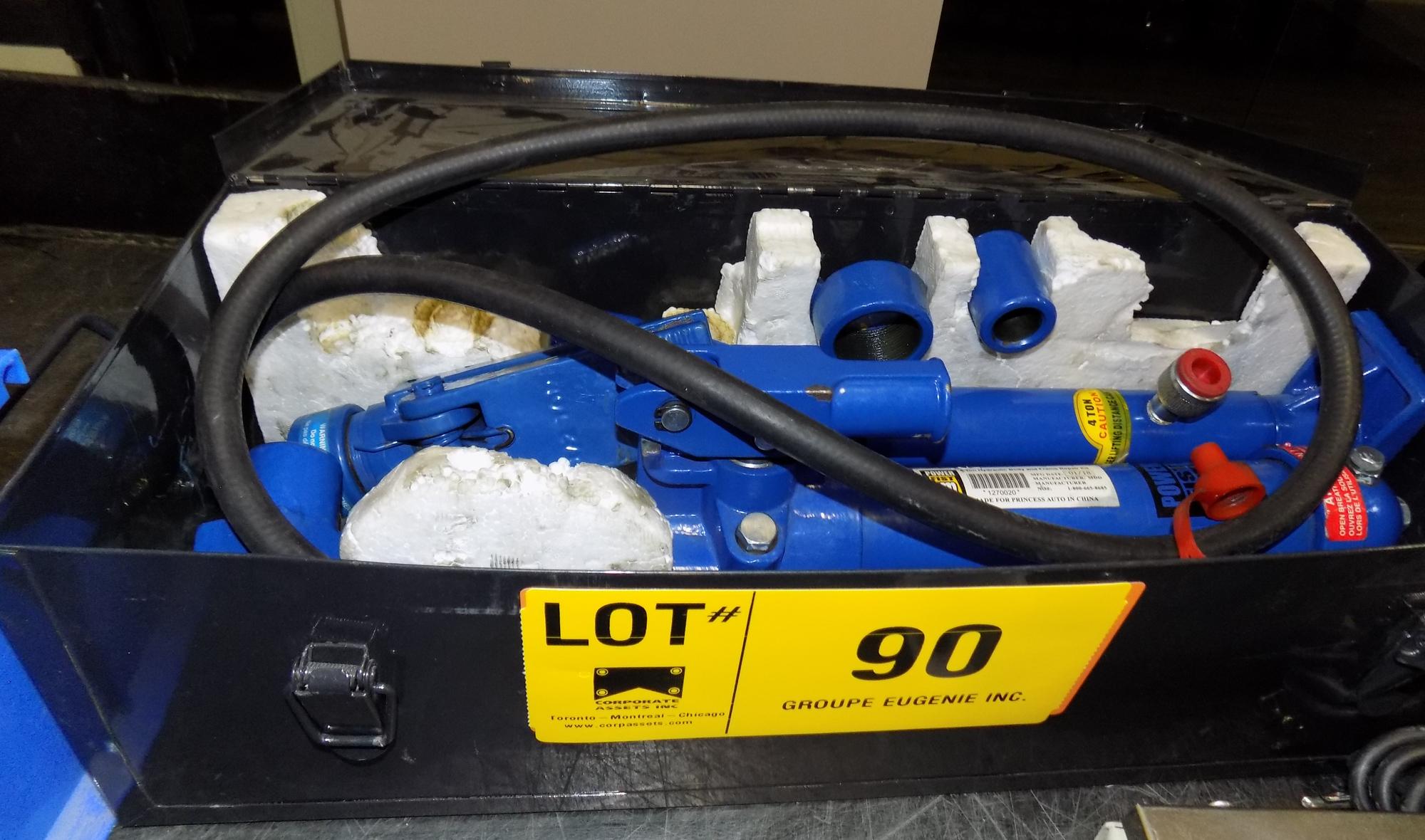 Lot 90 - HYDRAULIC BODY REPAIR SET