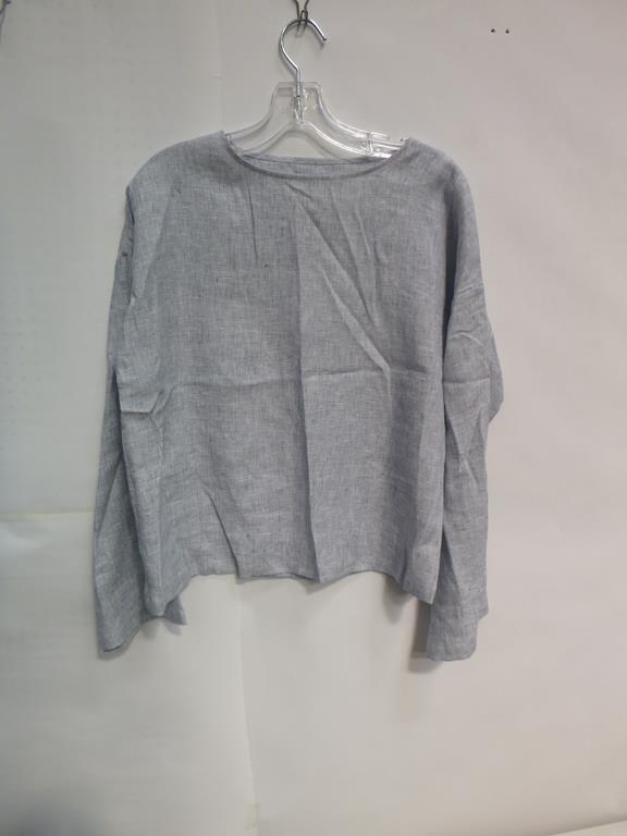 Lot 720 - Three Navy Short Sleeve T-Shirts (2 XS, S), Two Navy Long Sleeve T-Shirts (XS, M), Celia Crew Linen