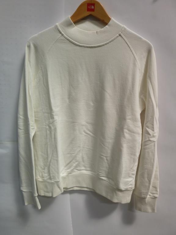 Lot 709 - 3 x Blue Short Sleeved T-Shirts (XS) (XS) (XS), a Blue Velvet Effect Top (L), an Aries White Short S