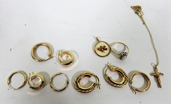 Lot 27 - Four matched pairs of mark 9ct gold/375 hoop earrings, gross weight 6.6g, together with a marked 375