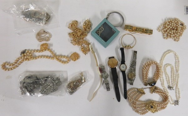 Lot 48 - A large collection of costume jewellery to include a white metal bracelet with Italian faded
