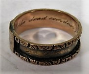 Lot 6 - An unmarked rose gold (tested) Victorian signet band ring with engraved monogram to cartouche and