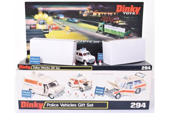 Dinky Toys Police Vehicles Gift Set 294, with 250 Mini