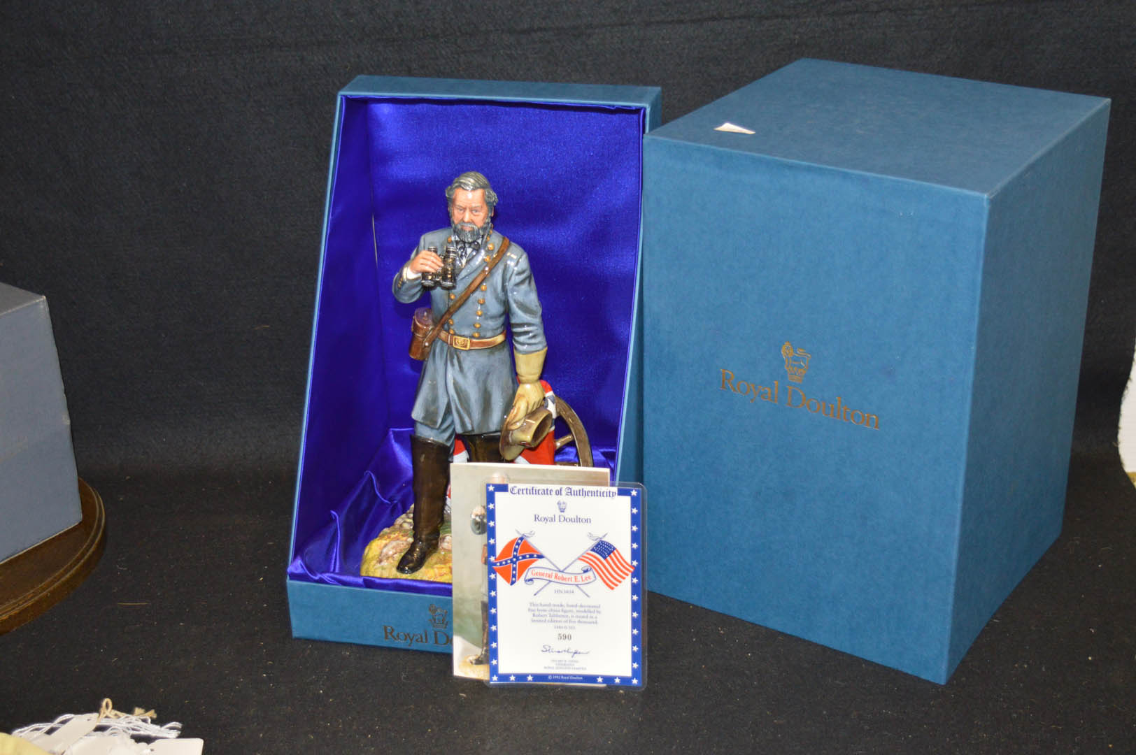 Lot 31 - A Royal Doulton Figurine 'General Robert E Lee'