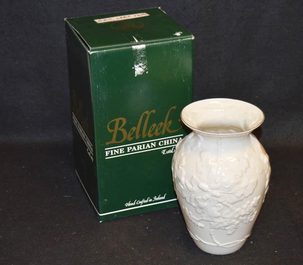 Lot 26 - A Belleek Oak Leaf Vase