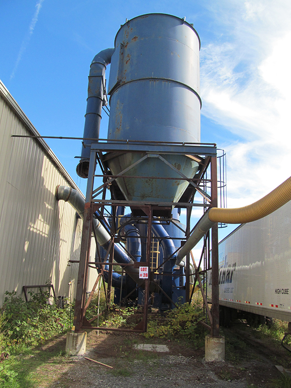 Heavy Duty Outdoor Dust Collector 2 X 25hp Motors Model Rousseau Total Cfm 14 000 17 Piping Capa