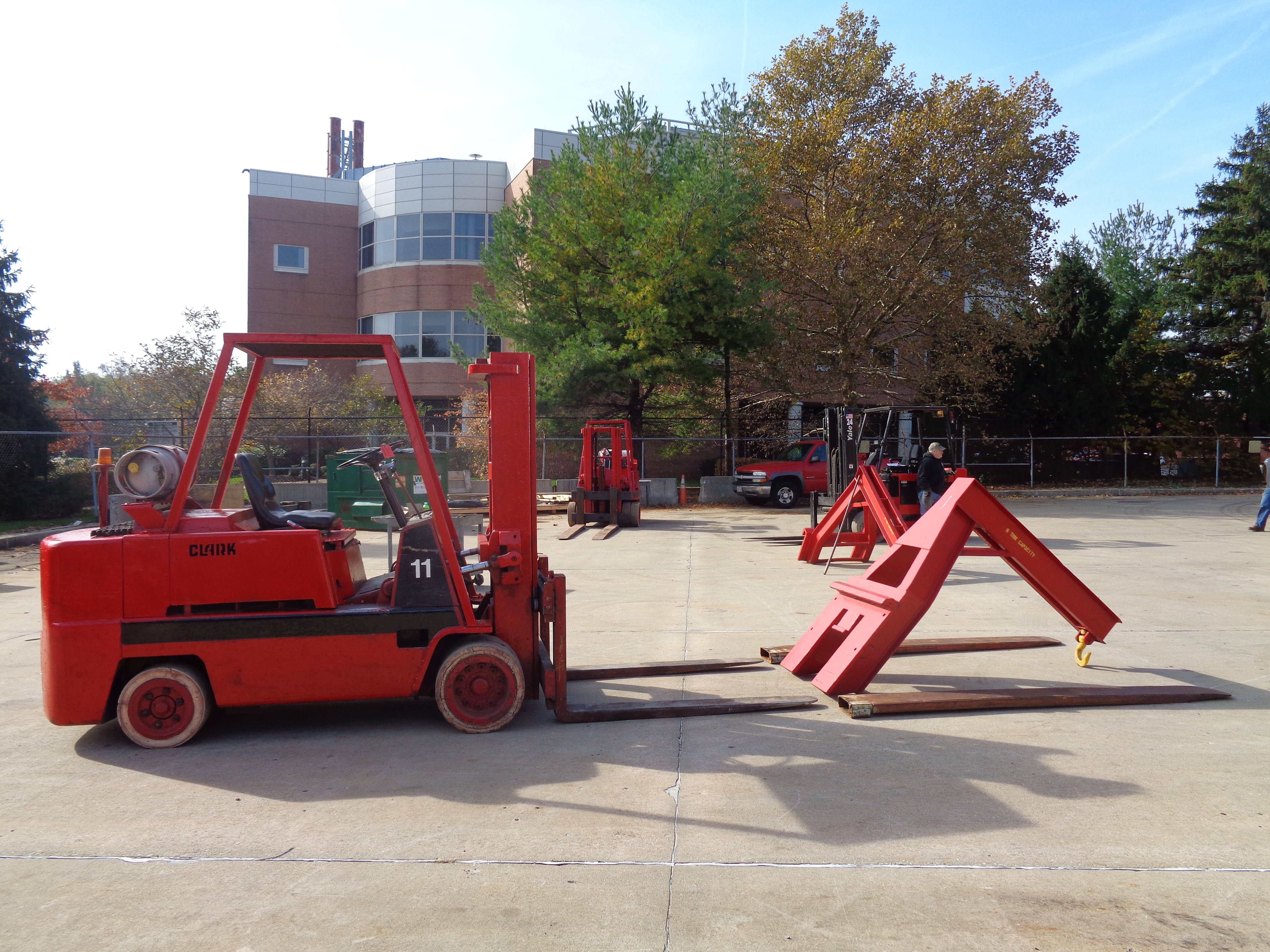 Clark C500-120 Forklift plus boom - 12,000 lbs - Image 6 of 11