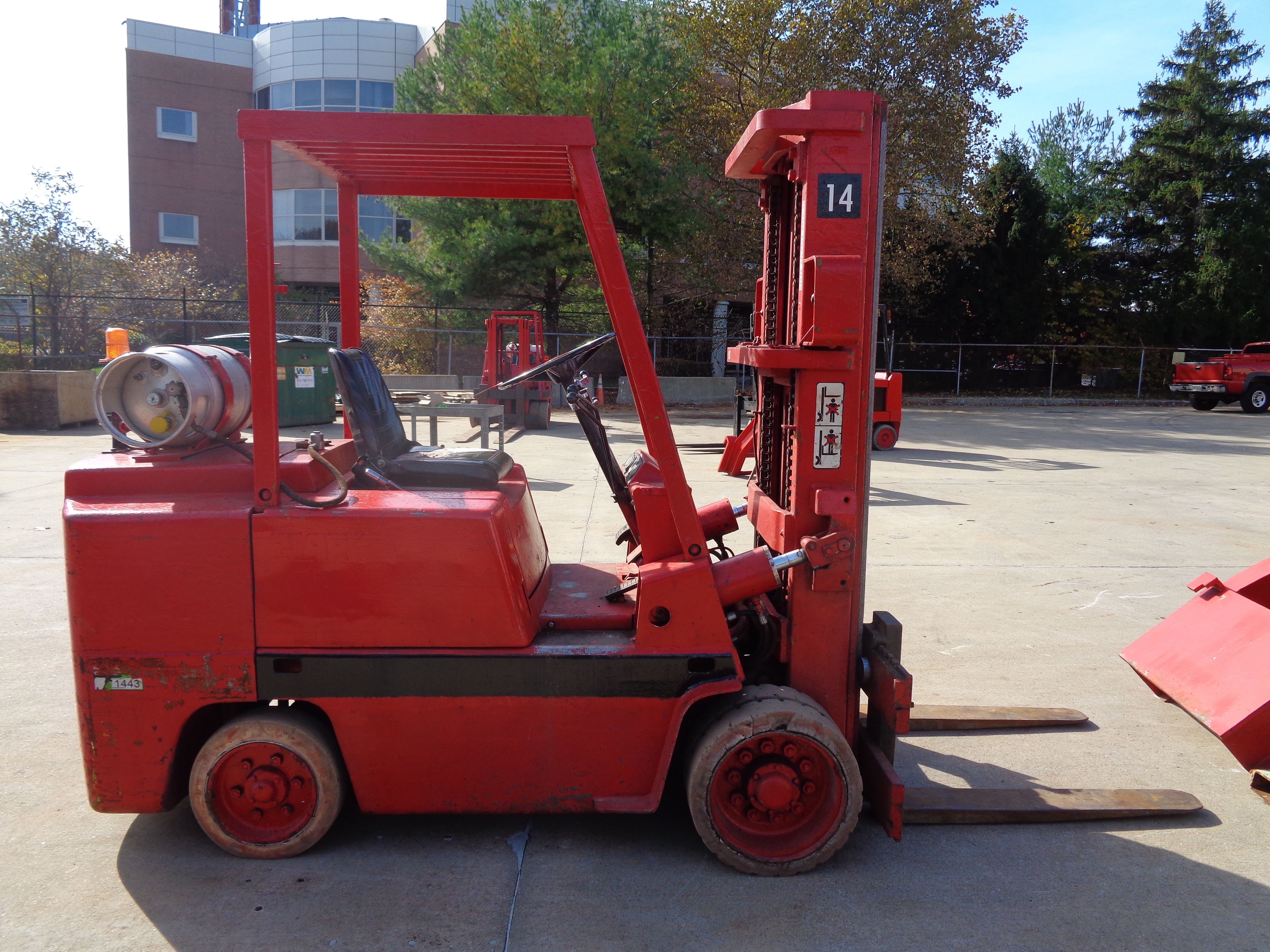Clark C500-580 Forklift plus Boom- 8,000 lbs - Image 7 of 12