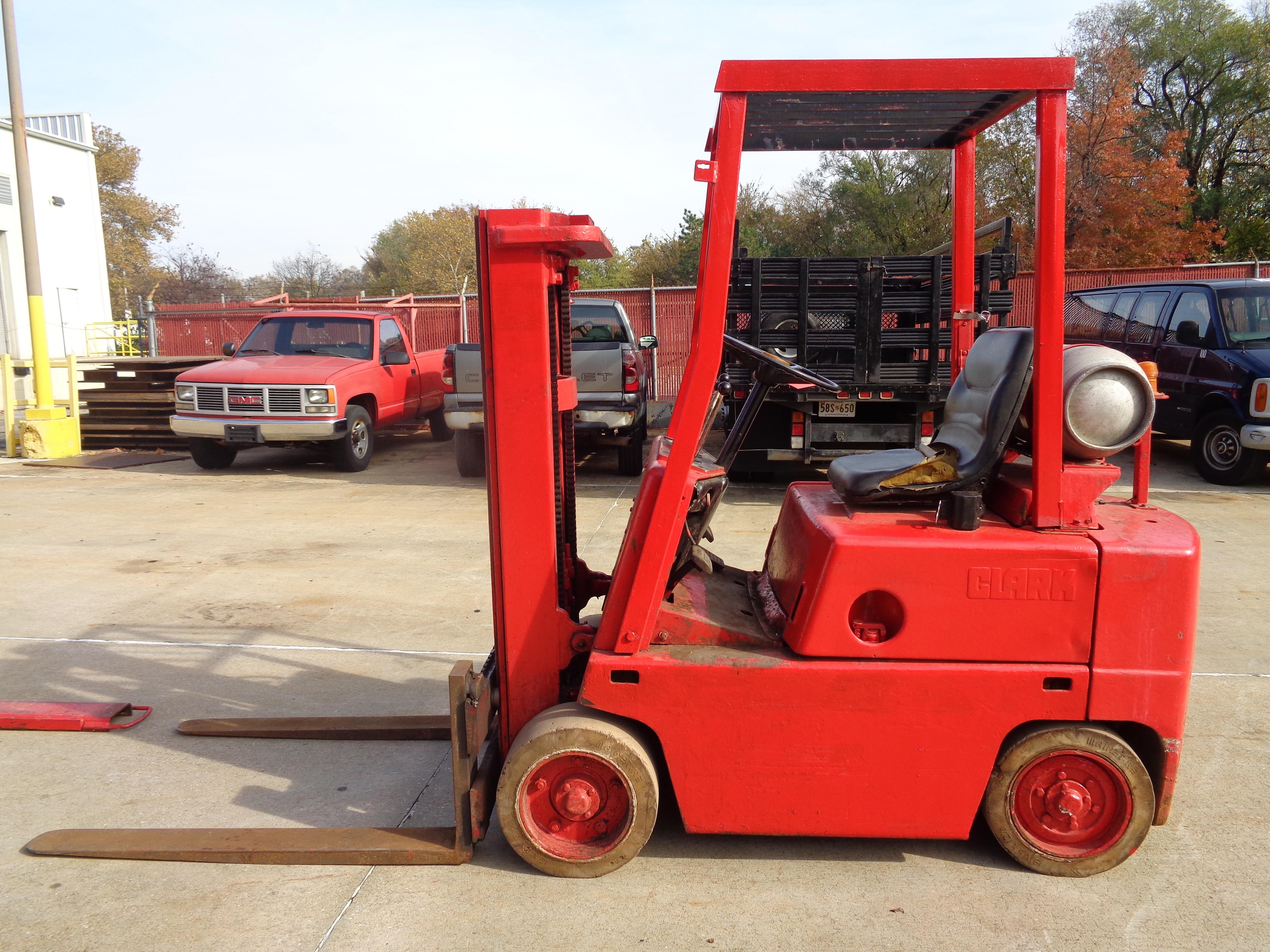 Clark C500-45 Forklift- 4,500 lbs