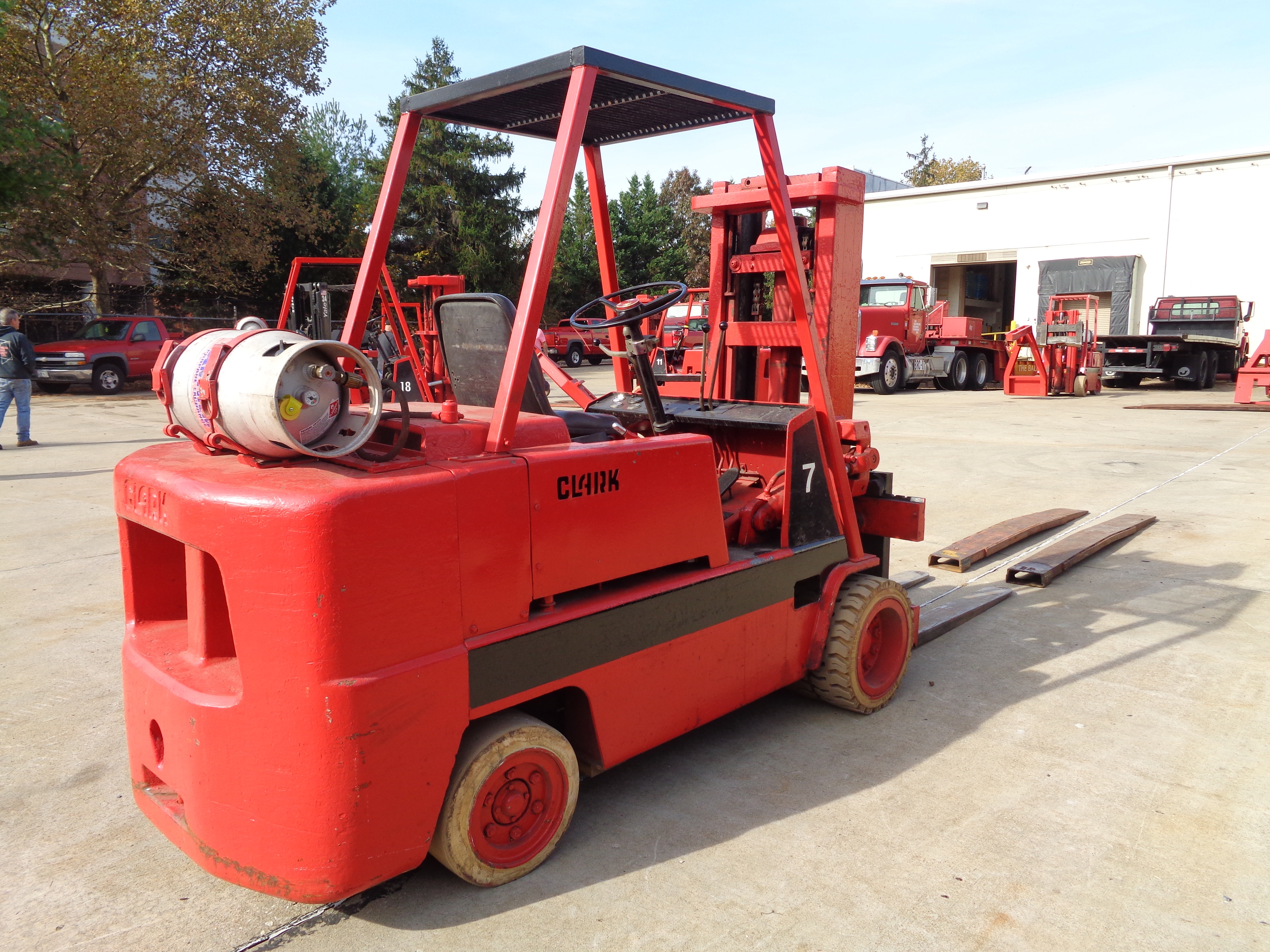 Clark C500-H120 Forklift- 12,000 lbs - Image 7 of 10