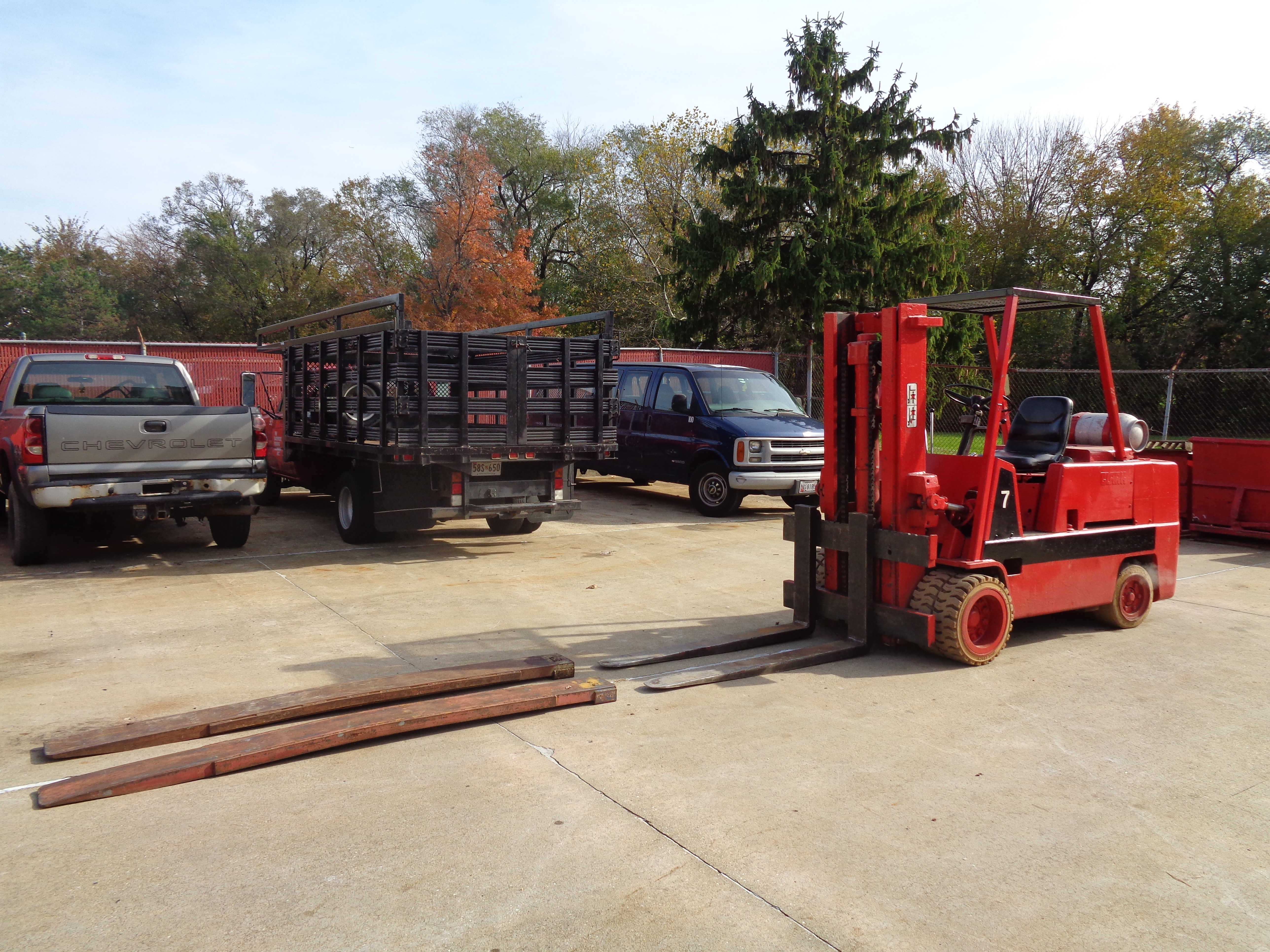 Clark C500-H120 Forklift- 12,000 lbs - Image 5 of 10