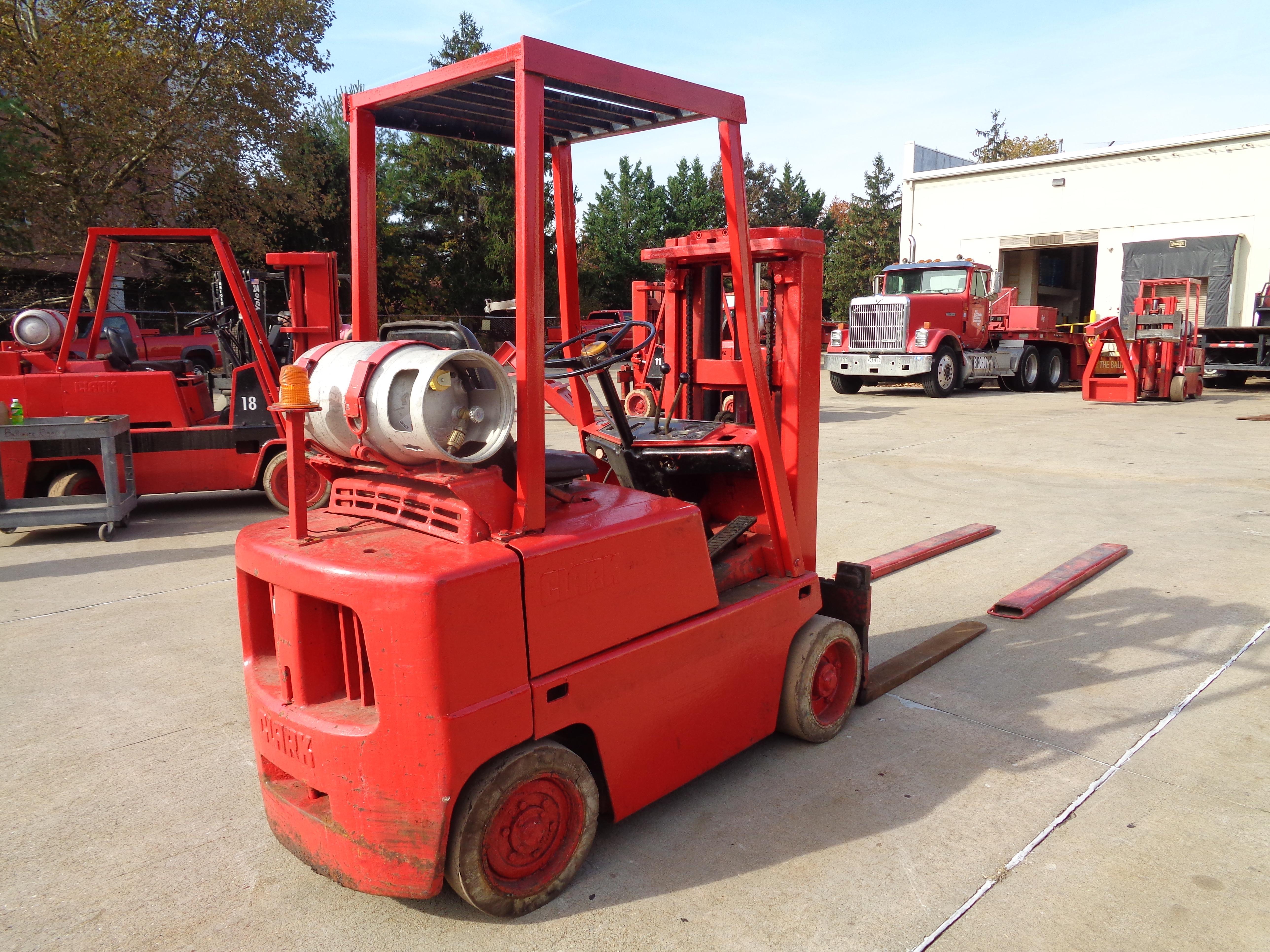Clark C500-45 Forklift- 4,500 lbs - Image 7 of 10