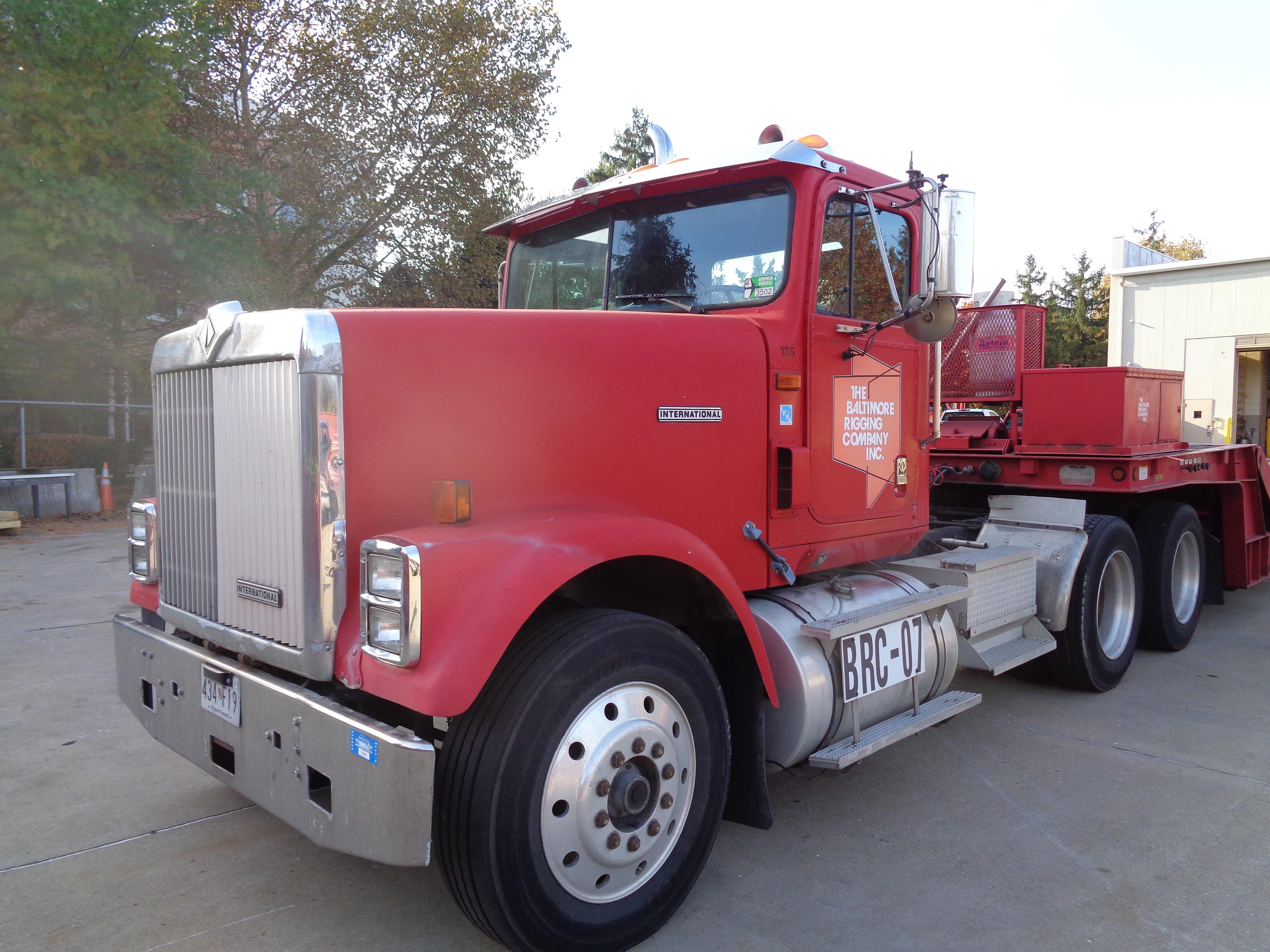 1999 International 9300 Diesel Tandem - Image 4 of 7