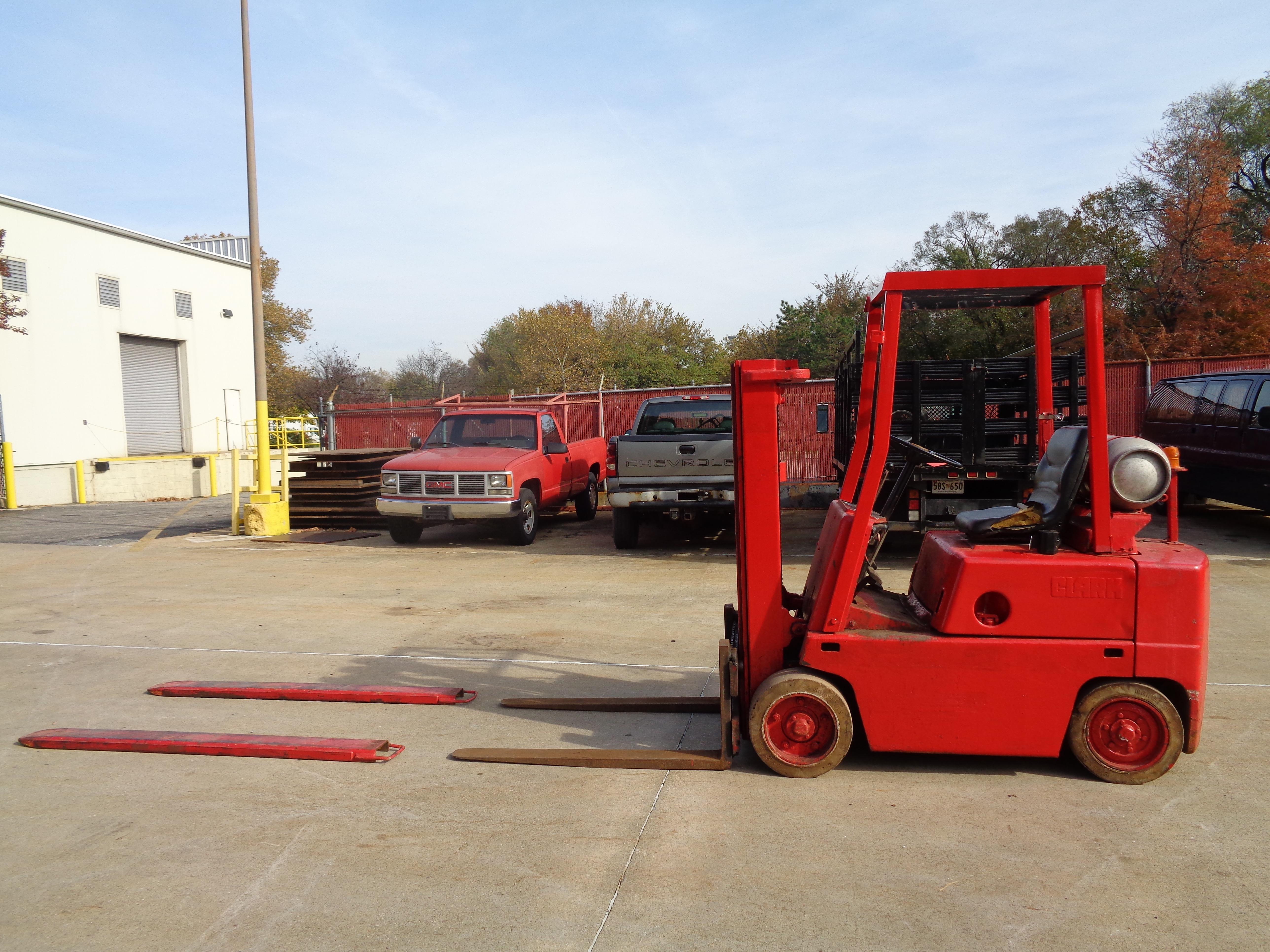 Clark C500-45 Forklift- 4,500 lbs - Image 3 of 10