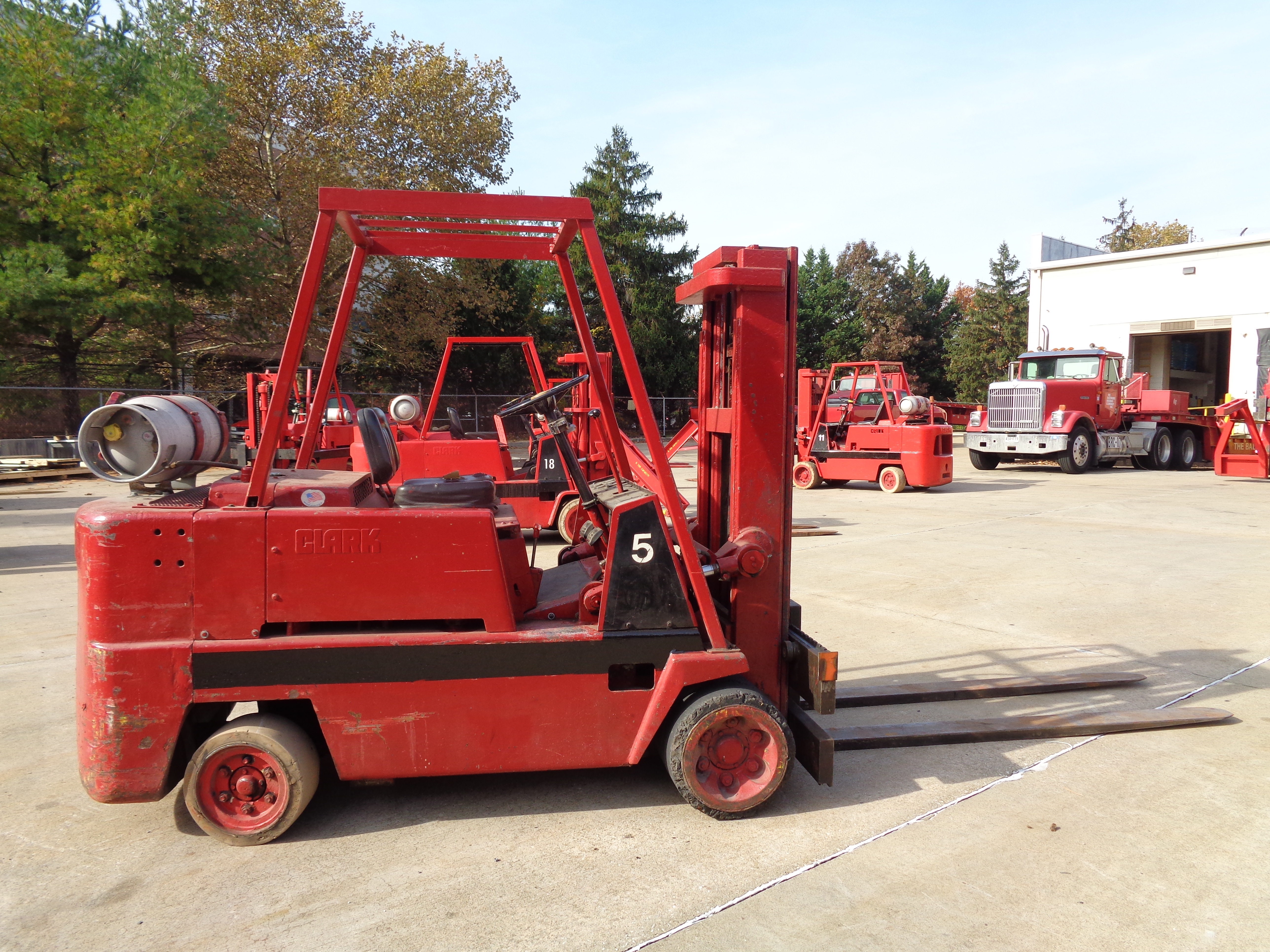 Clark C120-35 Forklift - 12,000 lbs - Image 5 of 6