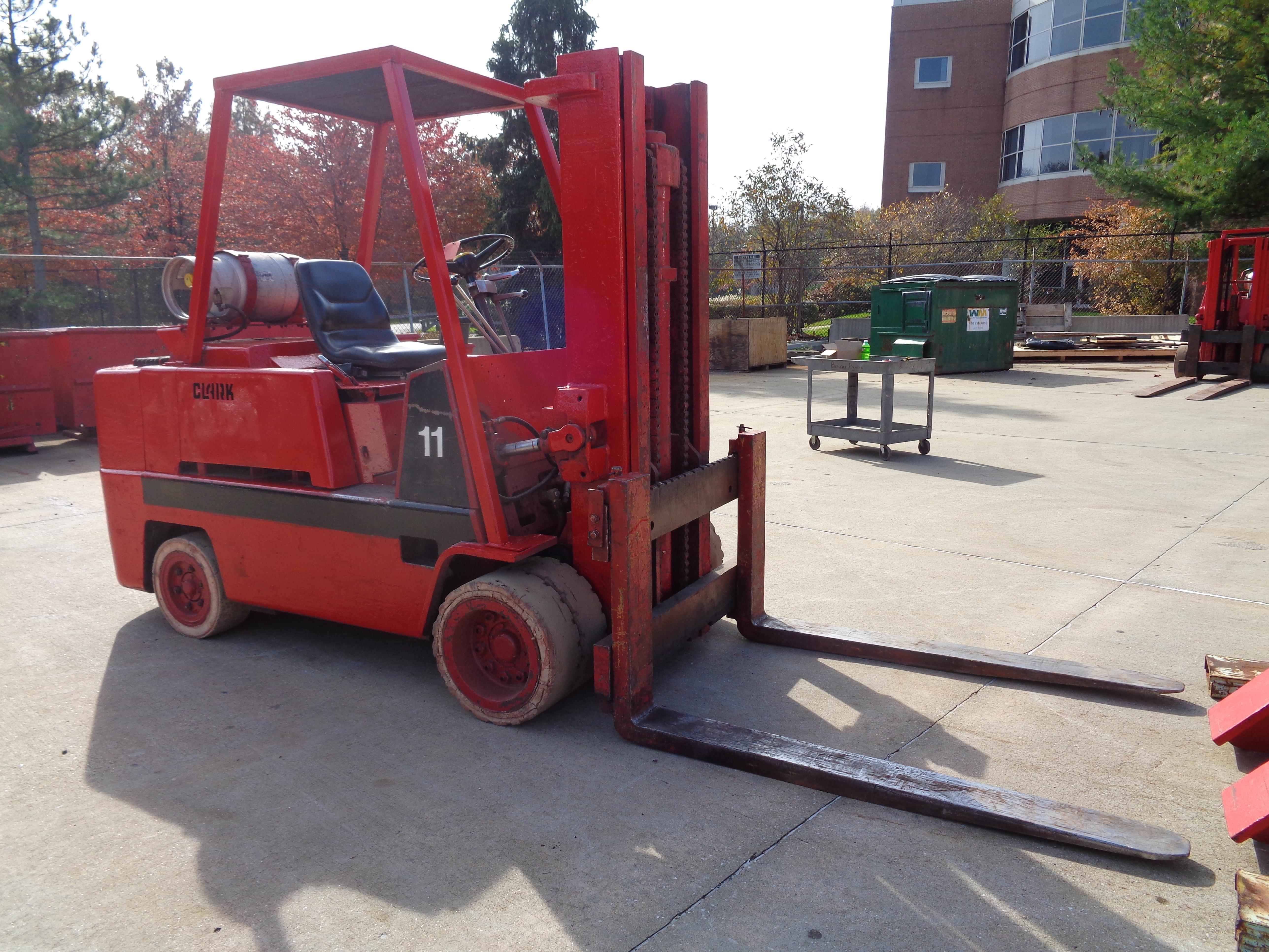 Clark C500-120 Forklift plus boom - 12,000 lbs - Image 8 of 11