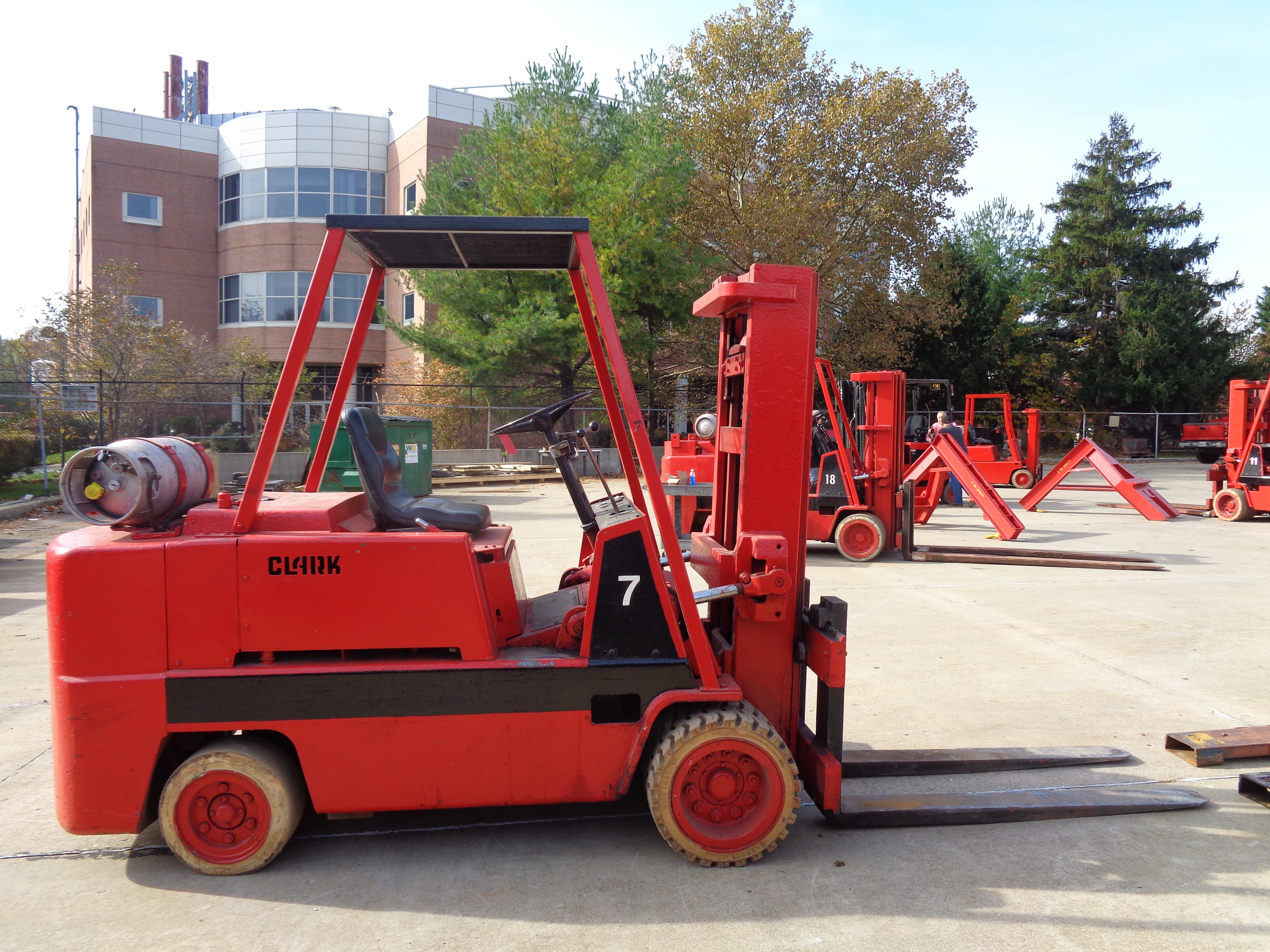 Clark C500-H120 Forklift- 12,000 lbs - Image 6 of 10