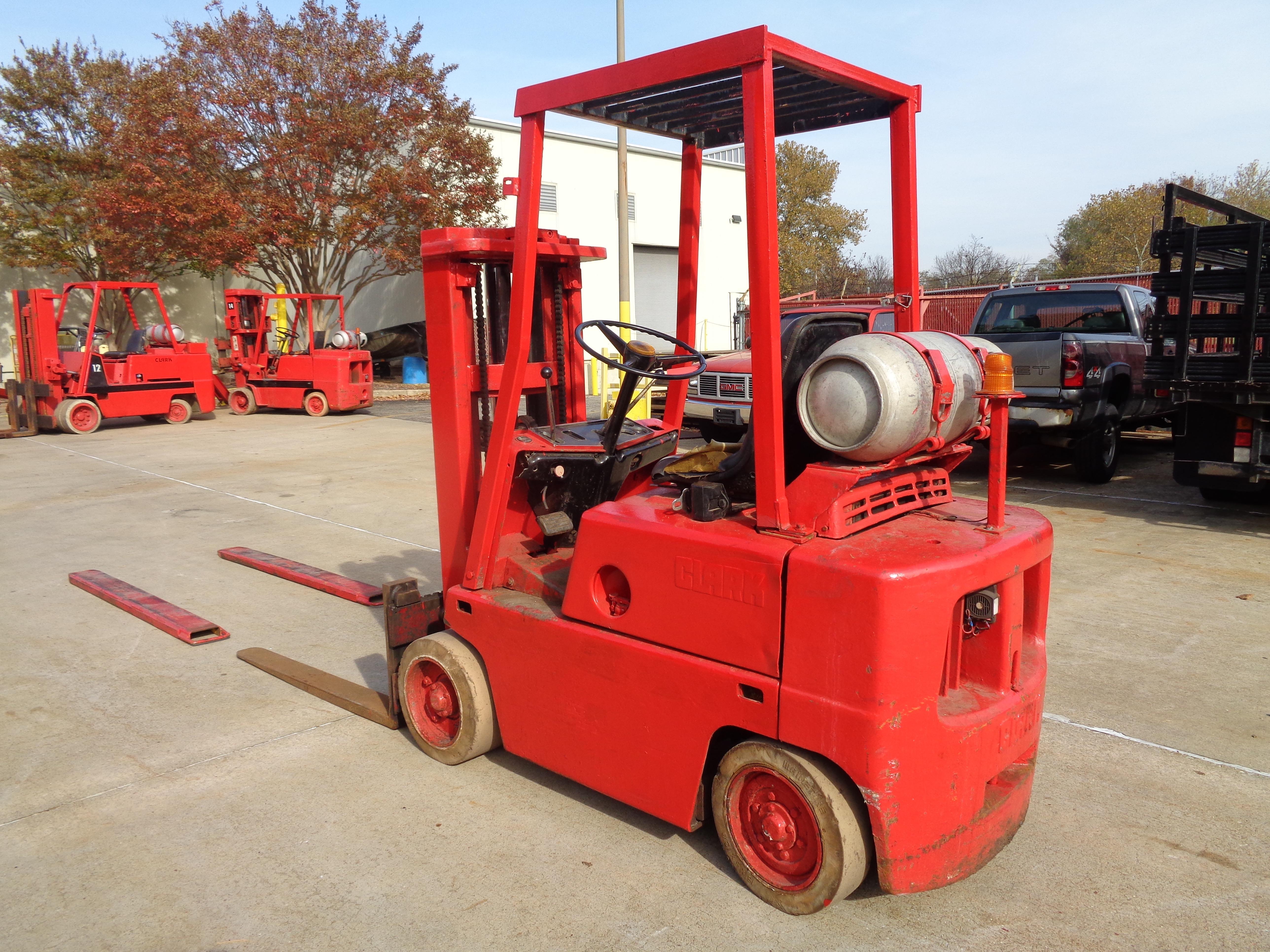 Clark C500-45 Forklift- 4,500 lbs - Image 2 of 10