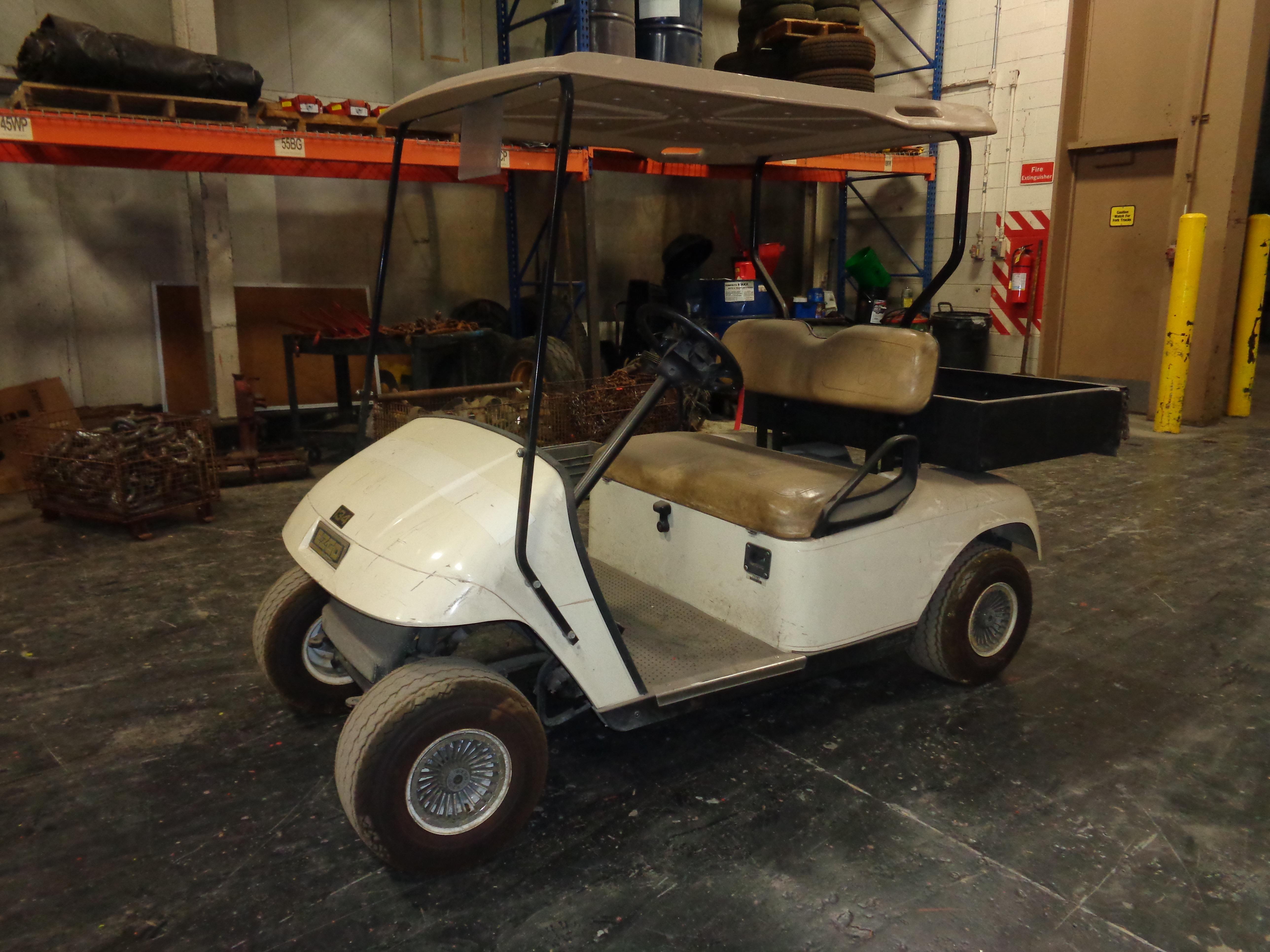 2004 EZGO Golf Cart - Image 2 of 4