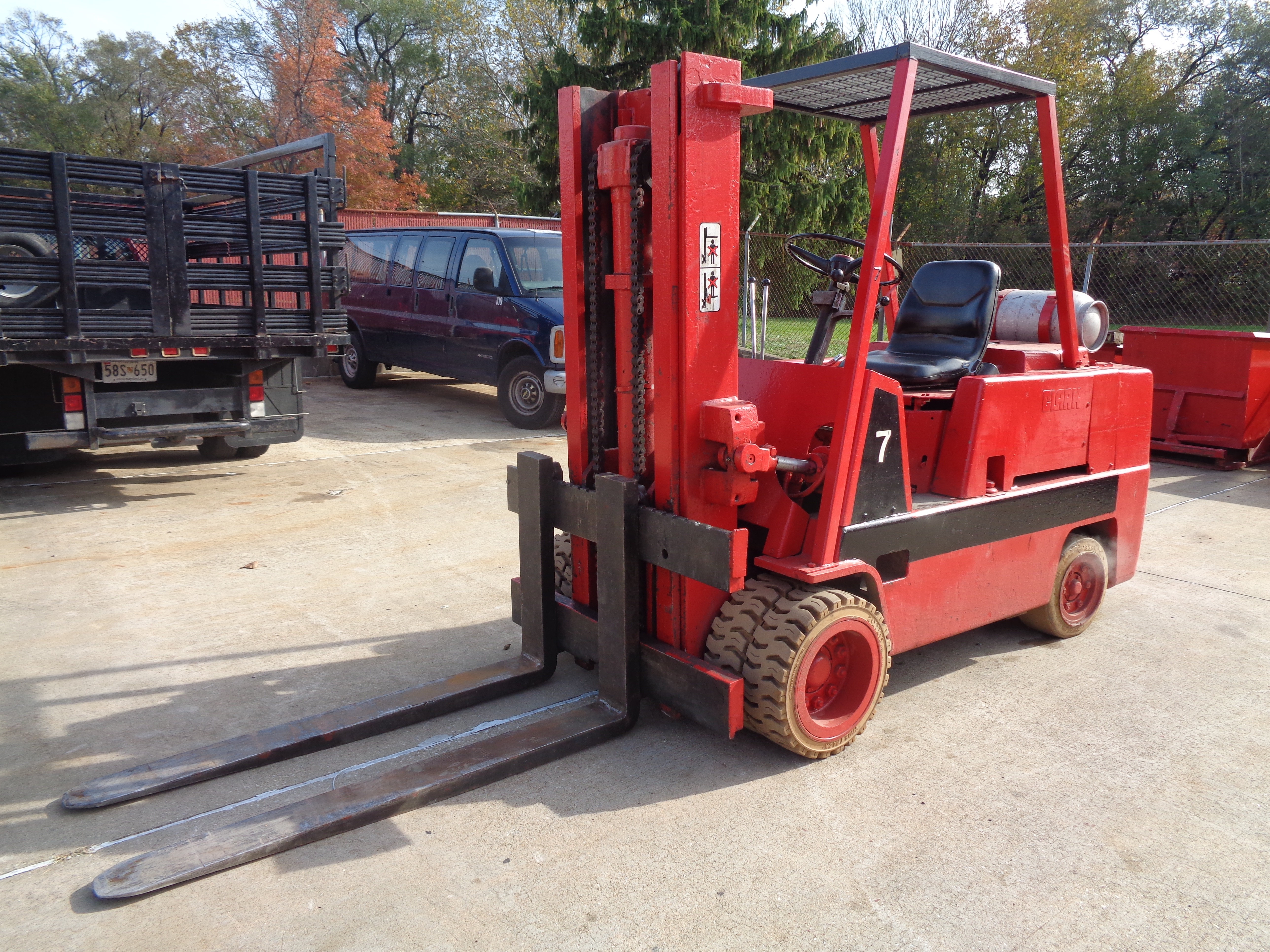 Clark C500-H120 Forklift- 12,000 lbs - Image 3 of 10