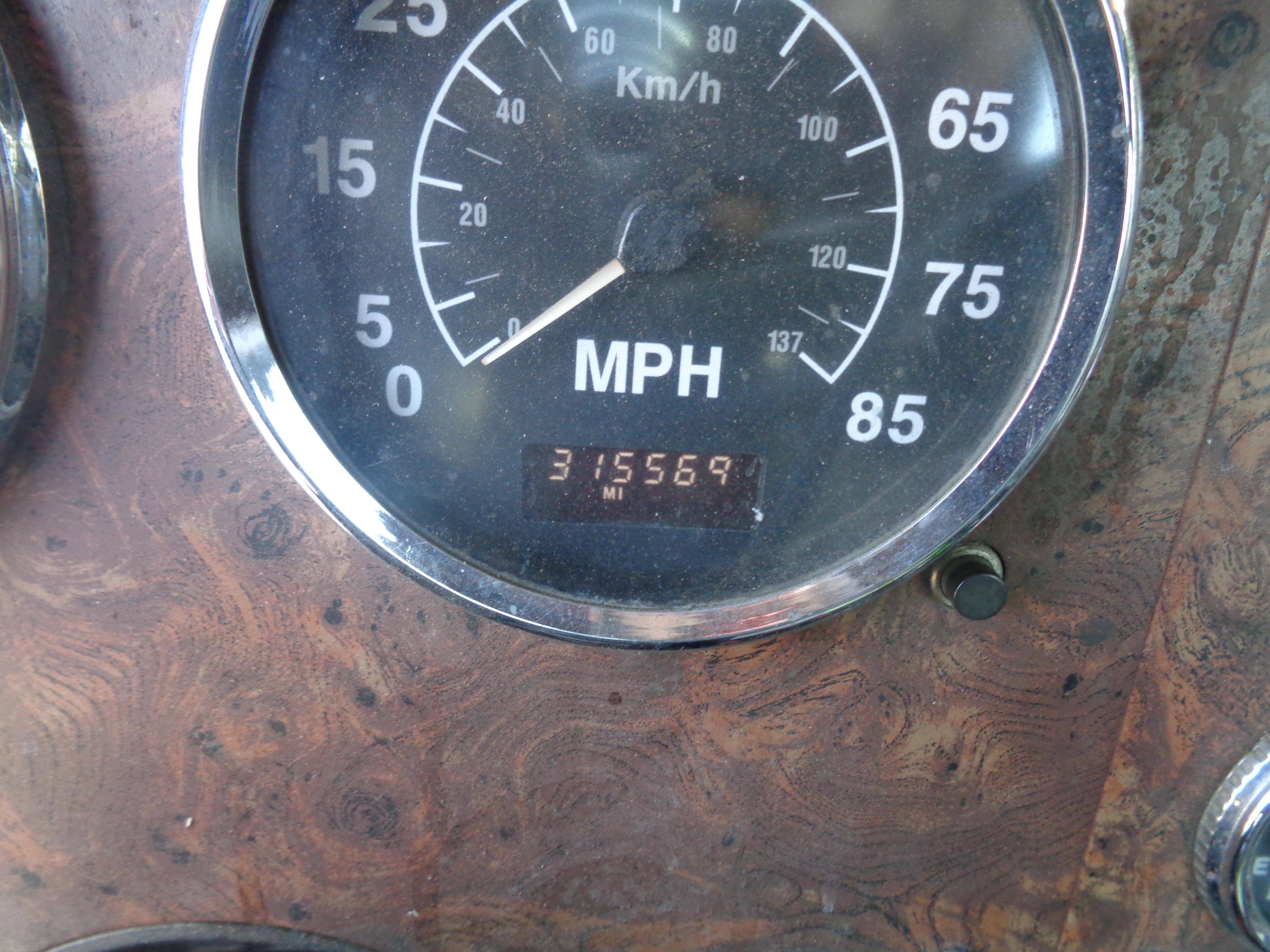 1999 International 9300 Diesel Tandem - Image 6 of 7
