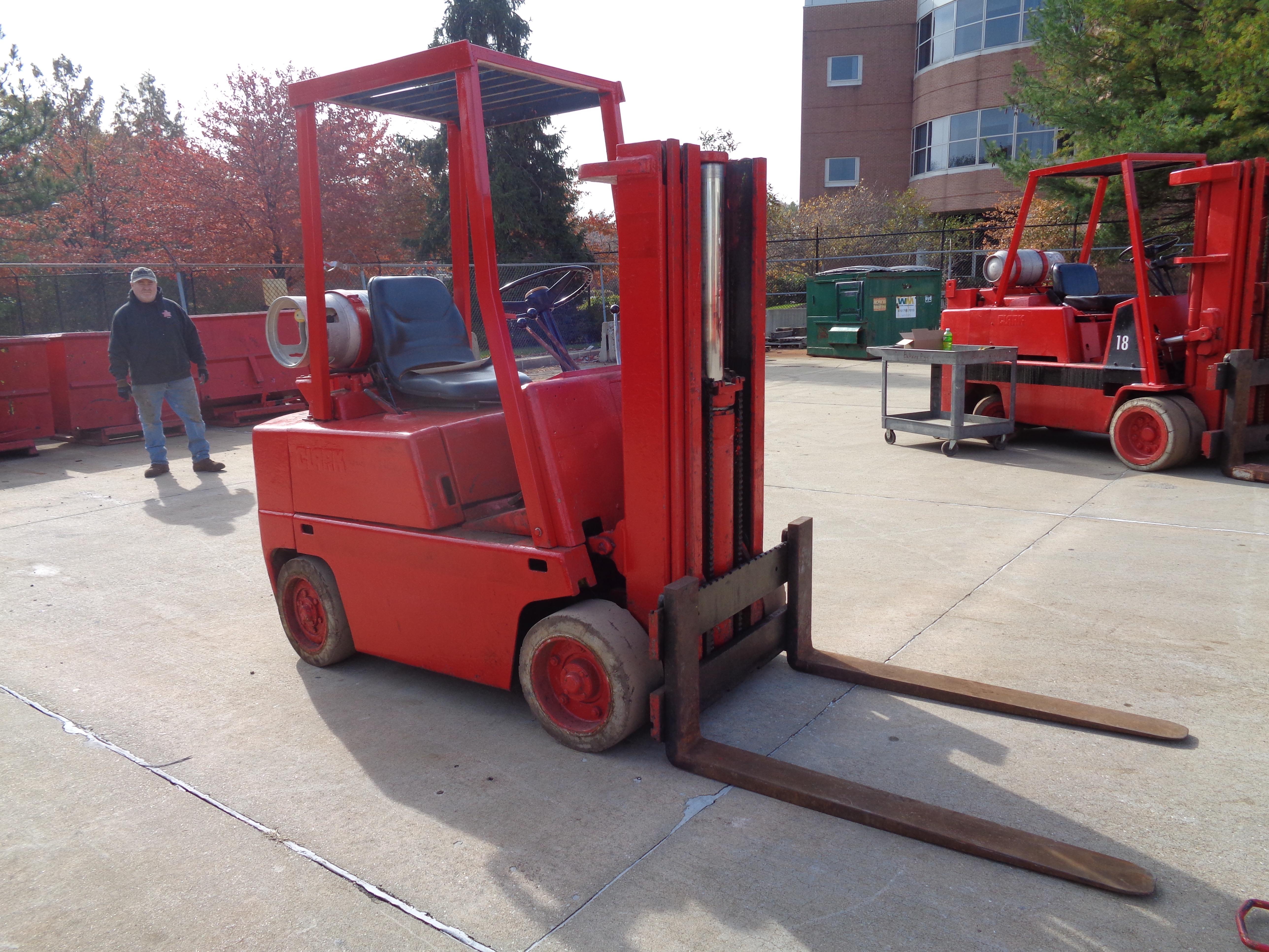 Clark C500-45 Forklift- 4,500 lbs - Image 9 of 10
