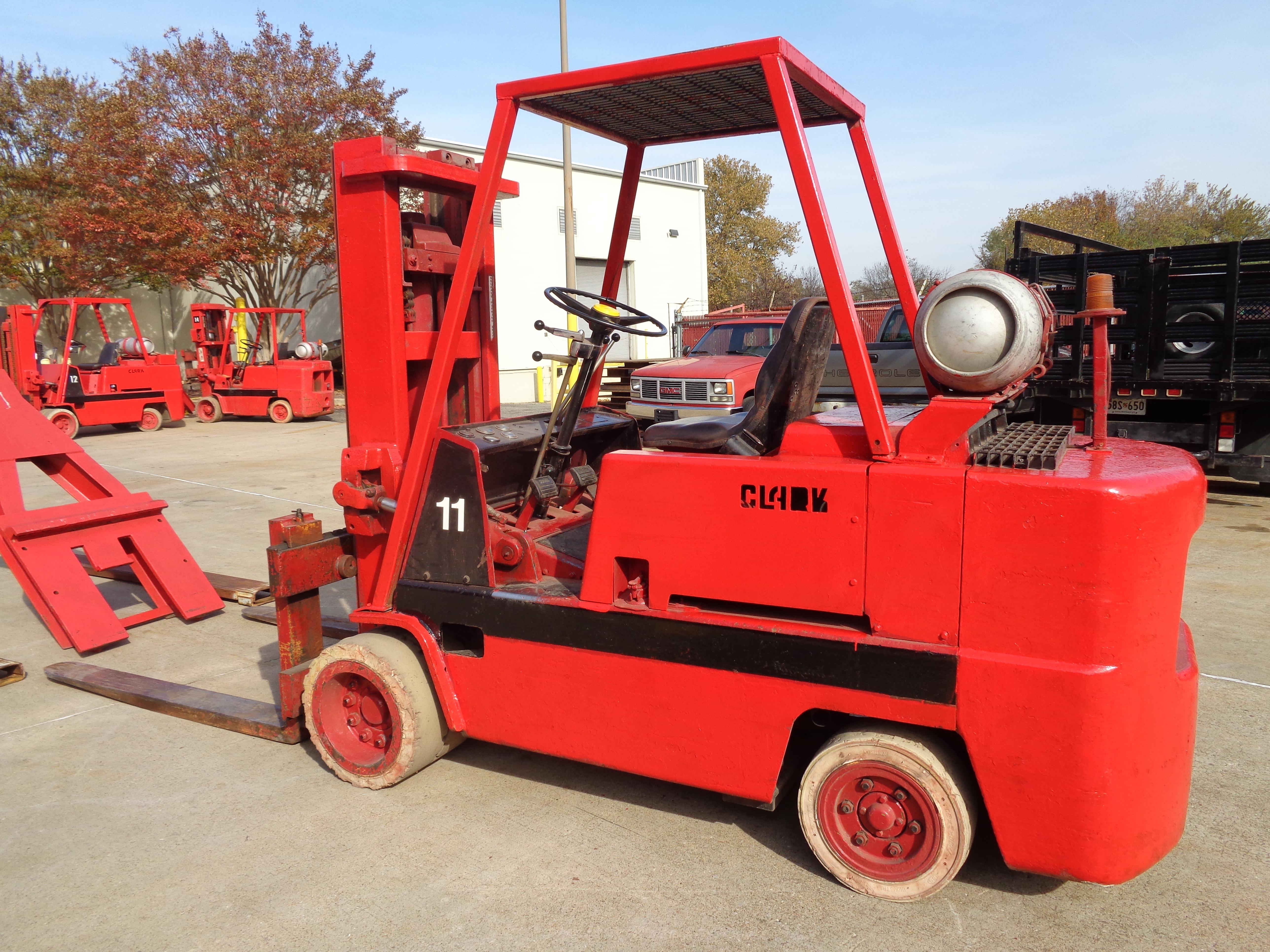 Clark C500-120 Forklift plus boom - 12,000 lbs - Image 3 of 11