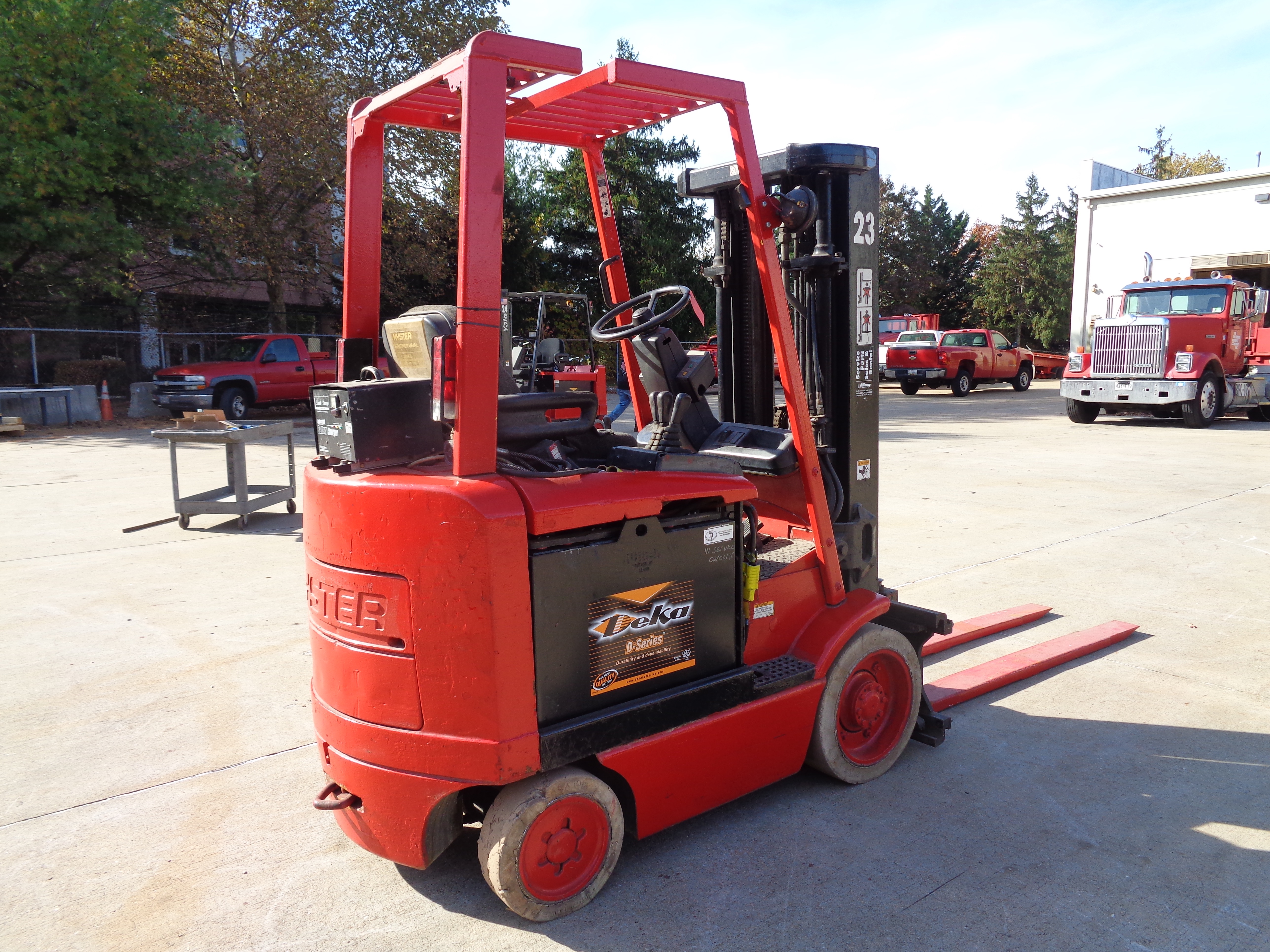1999 Hyster E50XM-27 Forklift - 5,000 lbs - Image 4 of 5