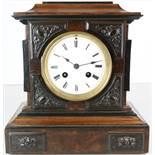 Kaminuhr Japy fils Paris nach 1855 für den englischen Markt. Architektonisch gearbeitetes