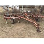 16ft IH Deep Tillage Cultivator w/Sprintooth Harrows