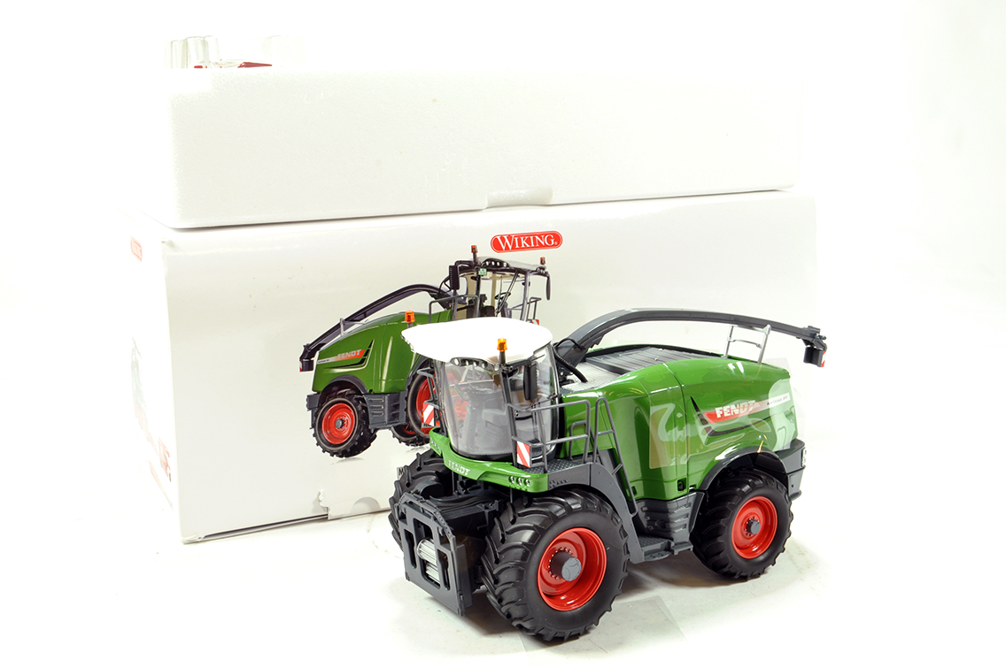 Lot 408 - Wiking 1/32 Farm Issue comprising Fendt Katana Forage Harvester and attachments. NM in Box.
