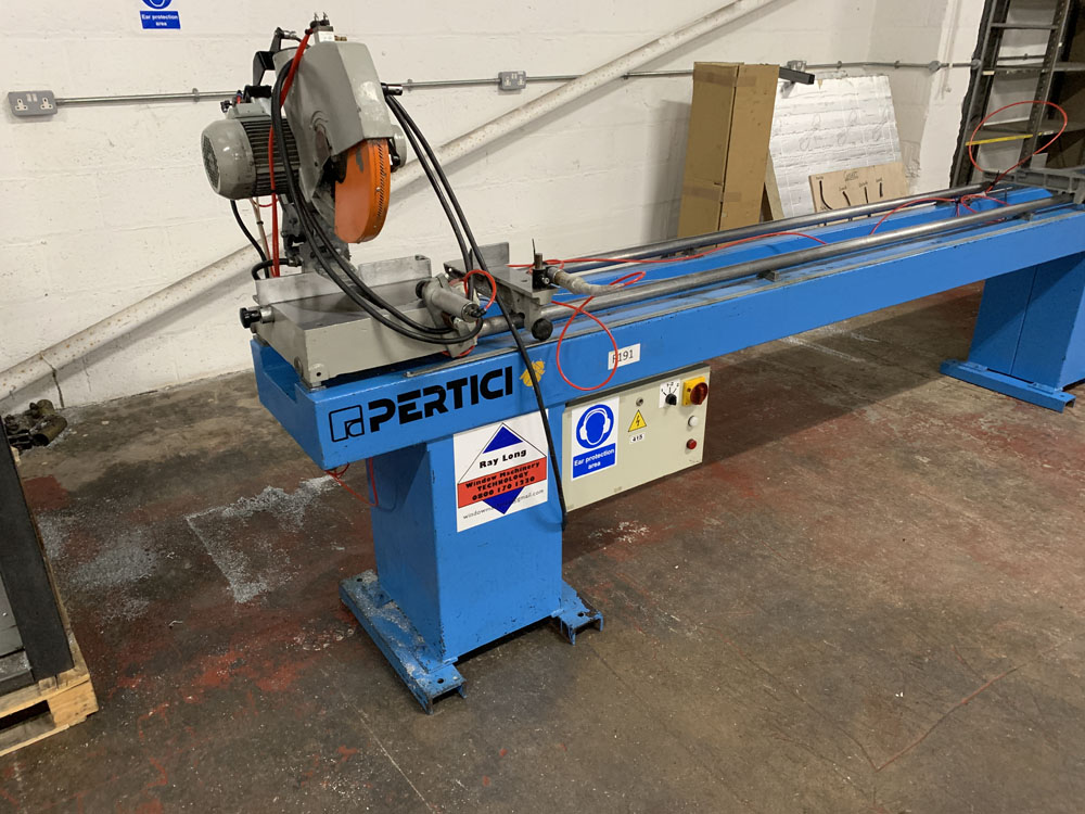 Pertici Univer Model 332P Twin Headed Mitering Sawing Machine. - Image 9 of 17