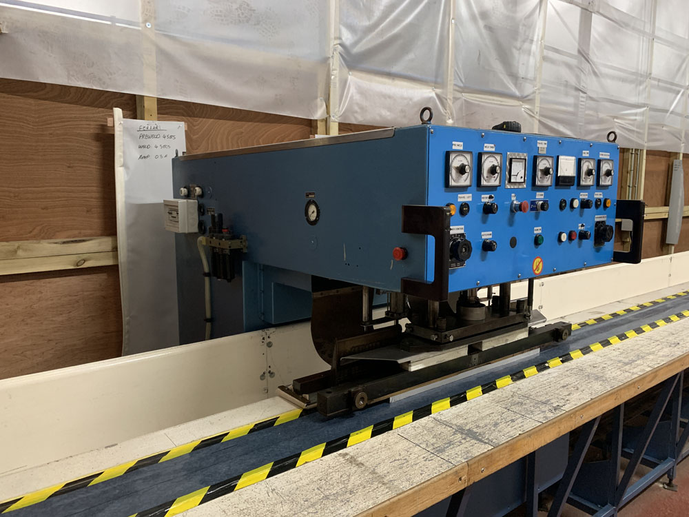 Flodins Plastic Sheet Seam Welding Machine. Table Length 17,500mm. - Image 3 of 15