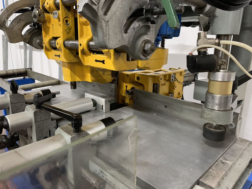 Pertici Univer Model ML143 Water Slot Router. - Image 8 of 10