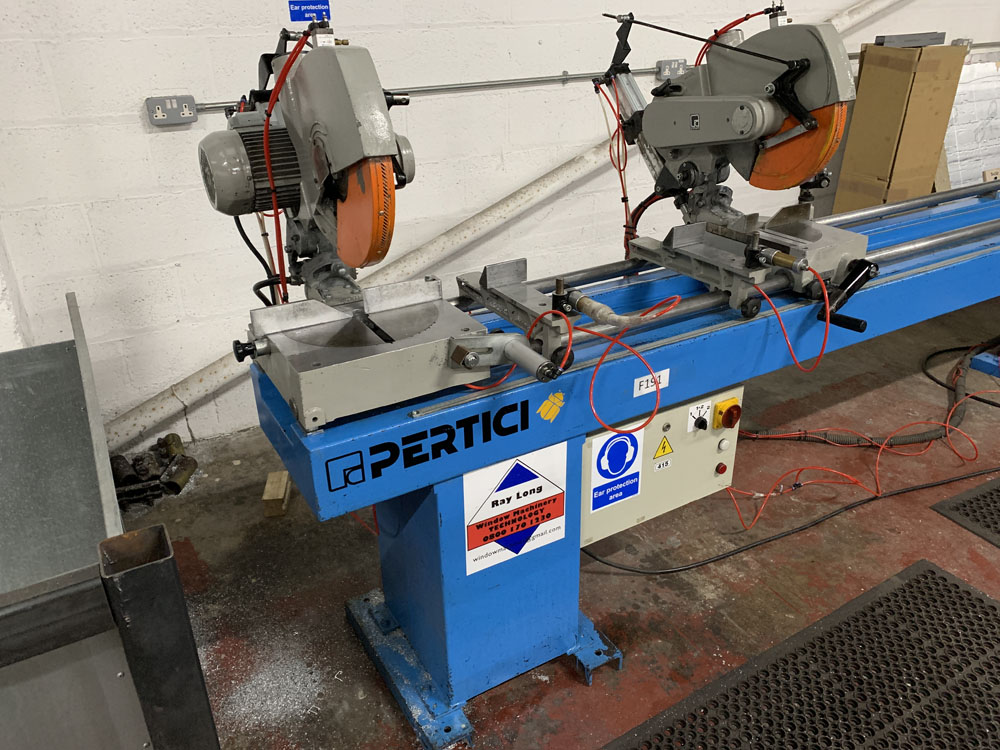 Pertici Univer Model 332P Twin Headed Mitering Sawing Machine. - Image 6 of 17