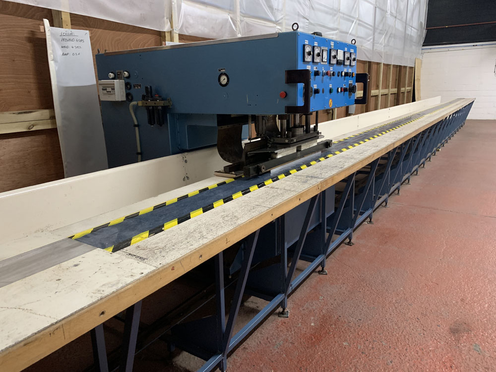 Flodins Plastic Sheet Seam Welding Machine. Table Length 17,500mm. - Image 2 of 15