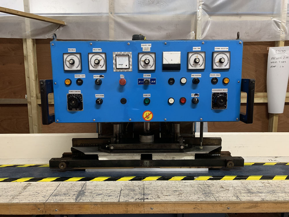 Flodins Plastic Sheet Seam Welding Machine. Table Length 17,500mm. - Image 4 of 15