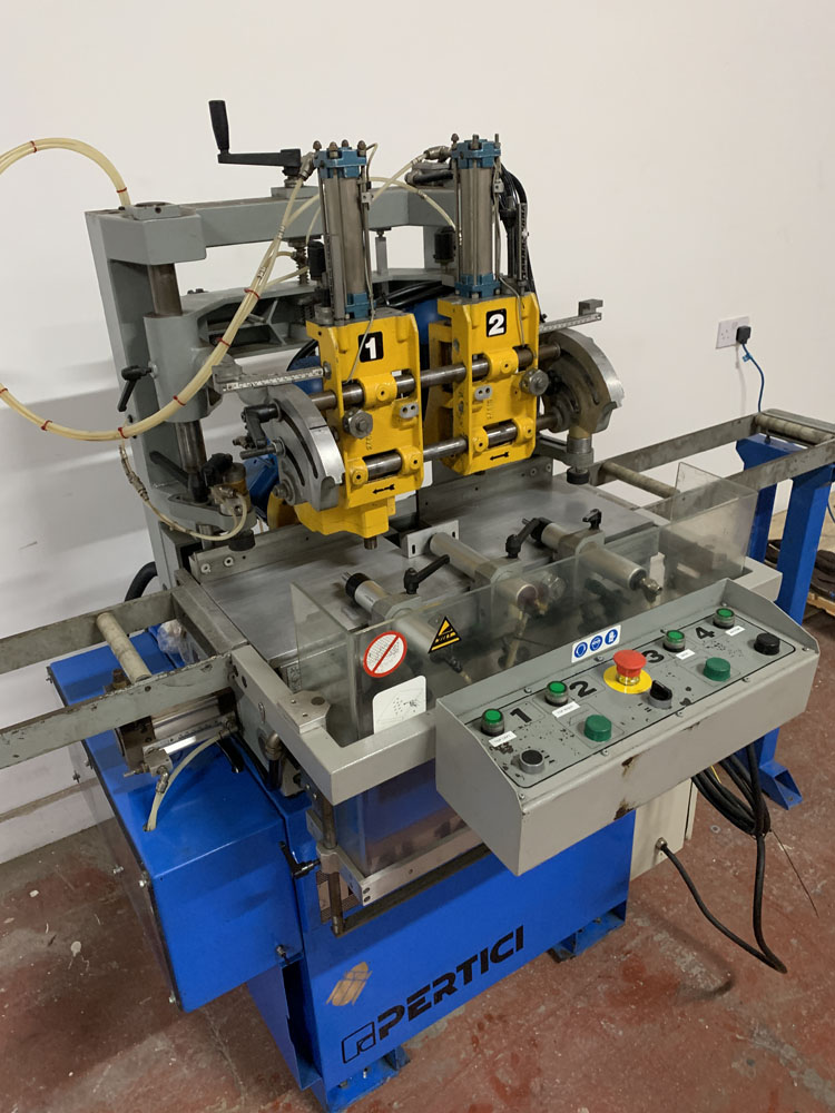 Pertici Univer Model ML143 Water Slot Router. - Image 5 of 10
