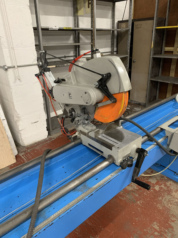 Pertici Univer Model 332P Twin Headed Mitering Sawing Machine. - Image 13 of 17