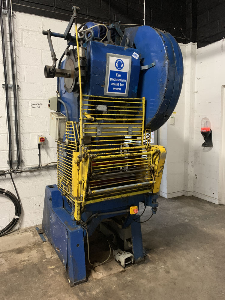 HME Cincinnati GP40 Power Press. 40 Ton Capacity.