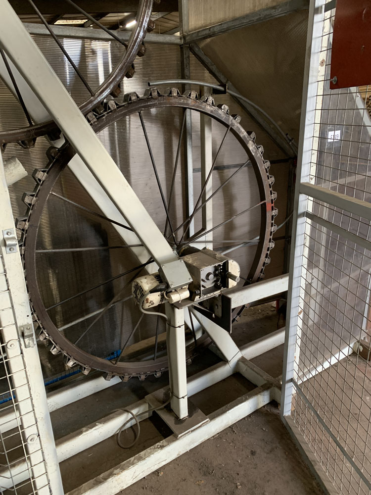 Bespoke Wire Crimping Machine with Feeder. Specifically Built for the Production of Zig Zag Wire. - Image 4 of 13