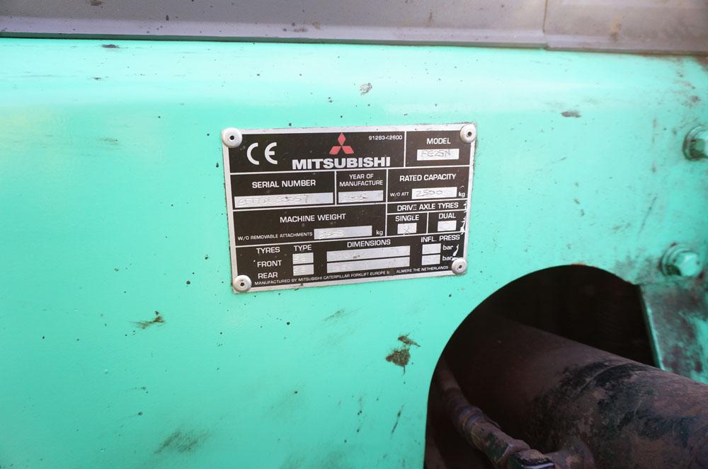 MITSUBISHI Model FG25N Counterbalance Lift Fork Truck. - Image 6 of 7