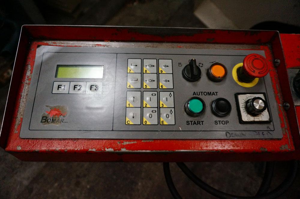 Bomar Model STG 260 GA Fully Automatic Mitering Bandsaw - Image 5 of 5