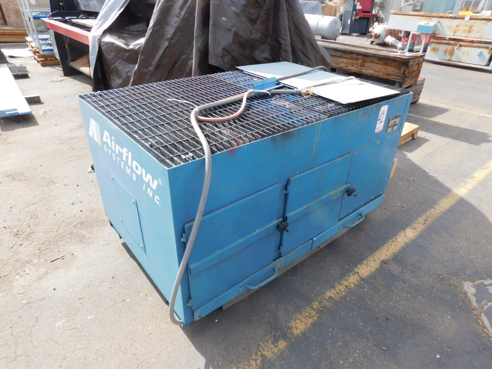 Lot 42 - 2000 AIRFLOW SYSTEMS DT-3000 DOWNDRAFT TABLE W/ VIBRA-PULSE FILTER CLEANING SYSTEM, WORKTOP MEASURES