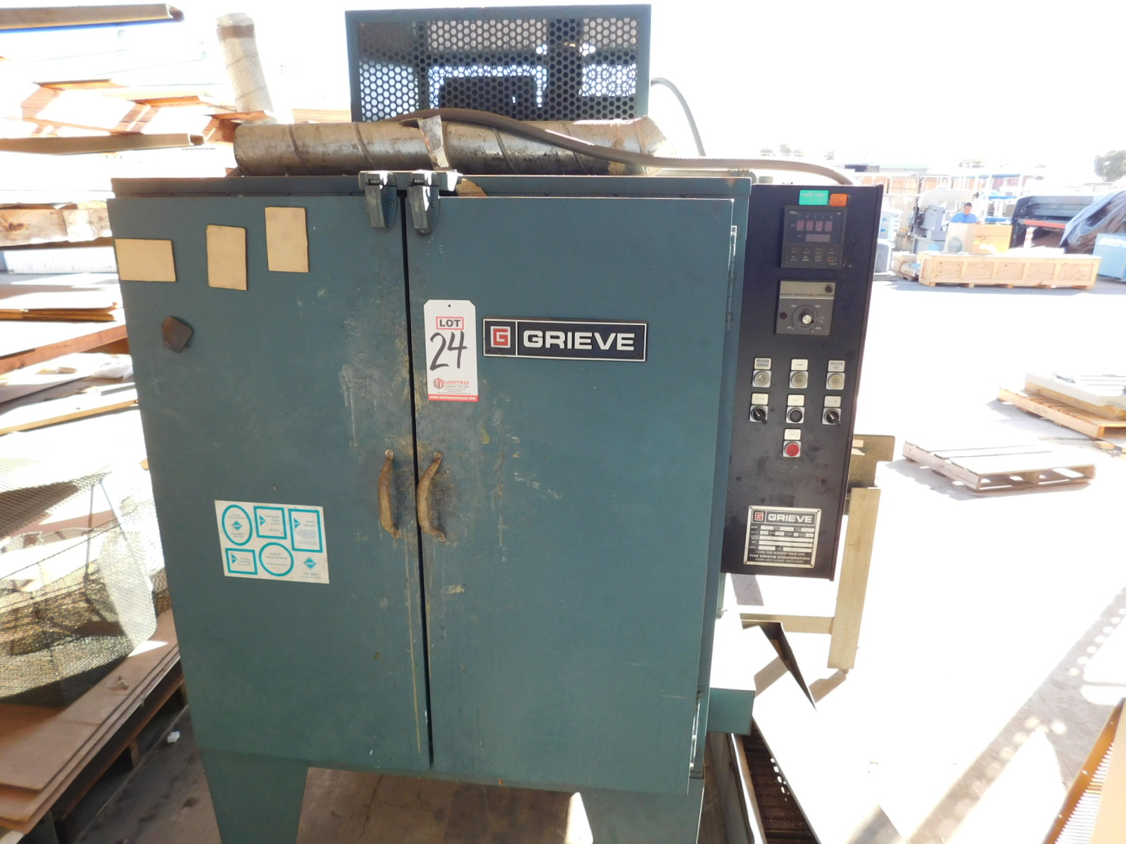 Lot 24 - GRIEVE MODEL 333 OVEN, ELECTRIC, 350°F, S/N 311253