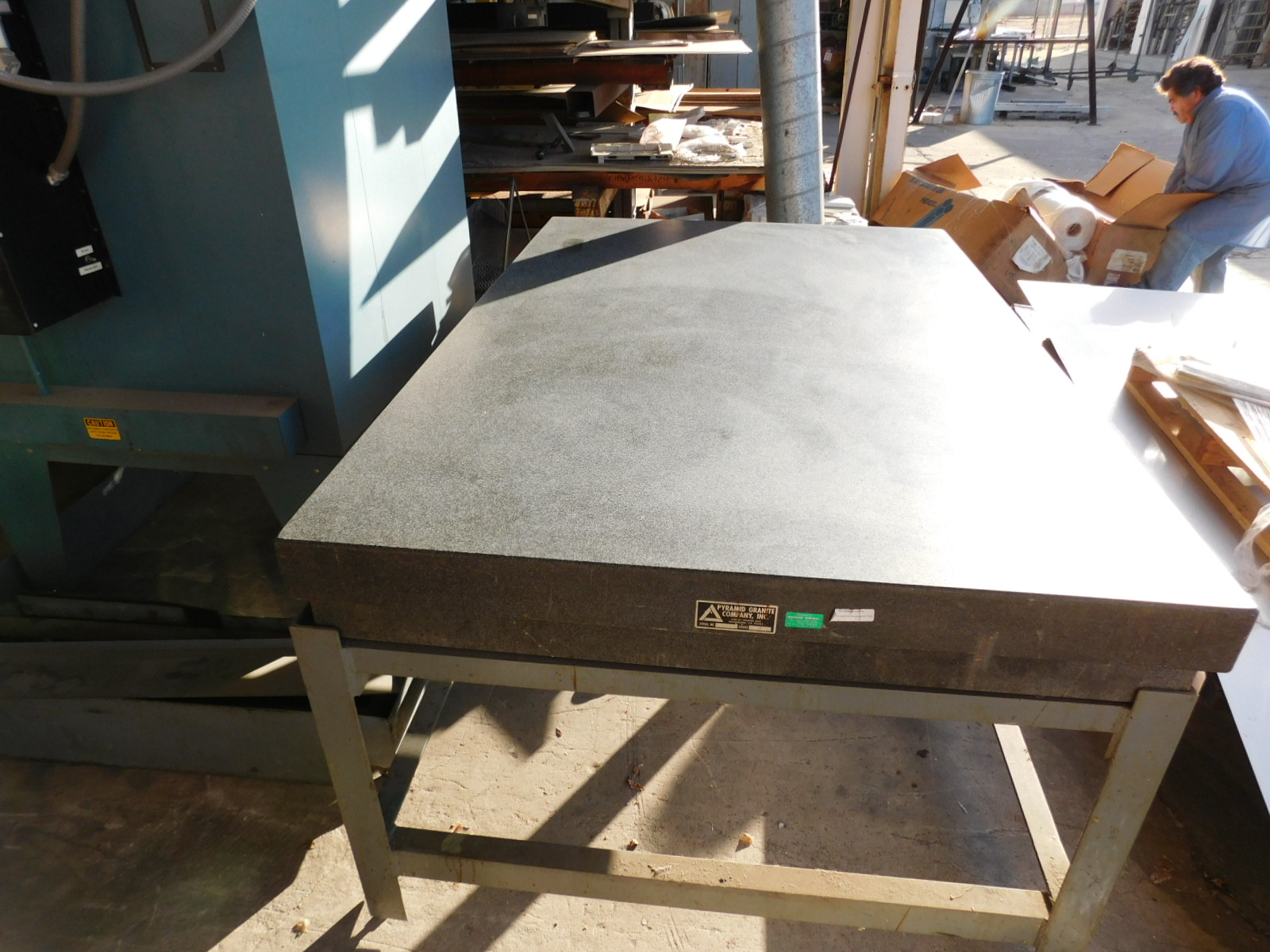 """Lot 26 - PYRAMID SURFACE PLATE, 4' X 6' X 8-1/4"""", GRADE A, S/N 5990, STEEL STAND"""