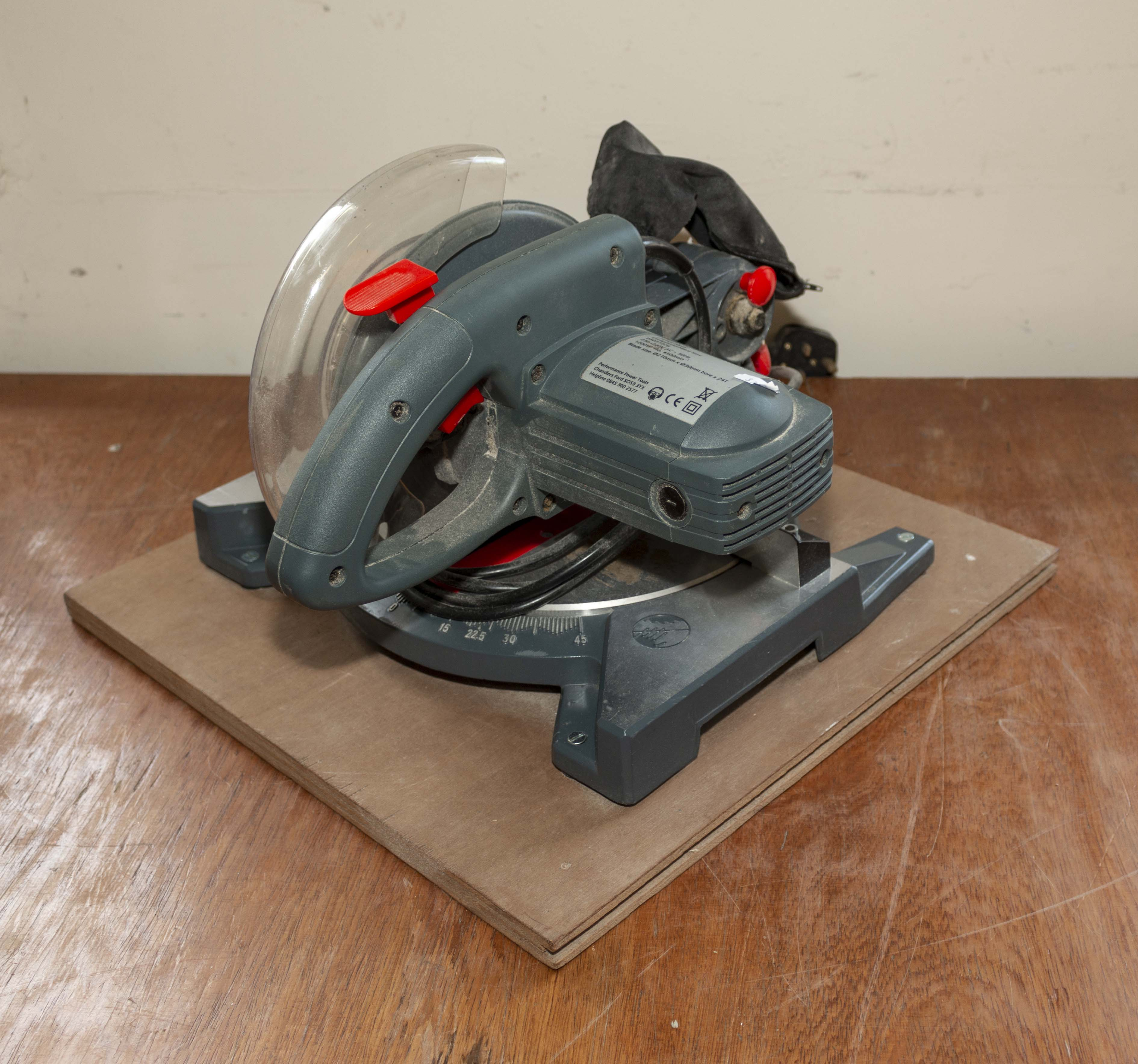 Lot 10 - Performance Power Tools compound mitre saw