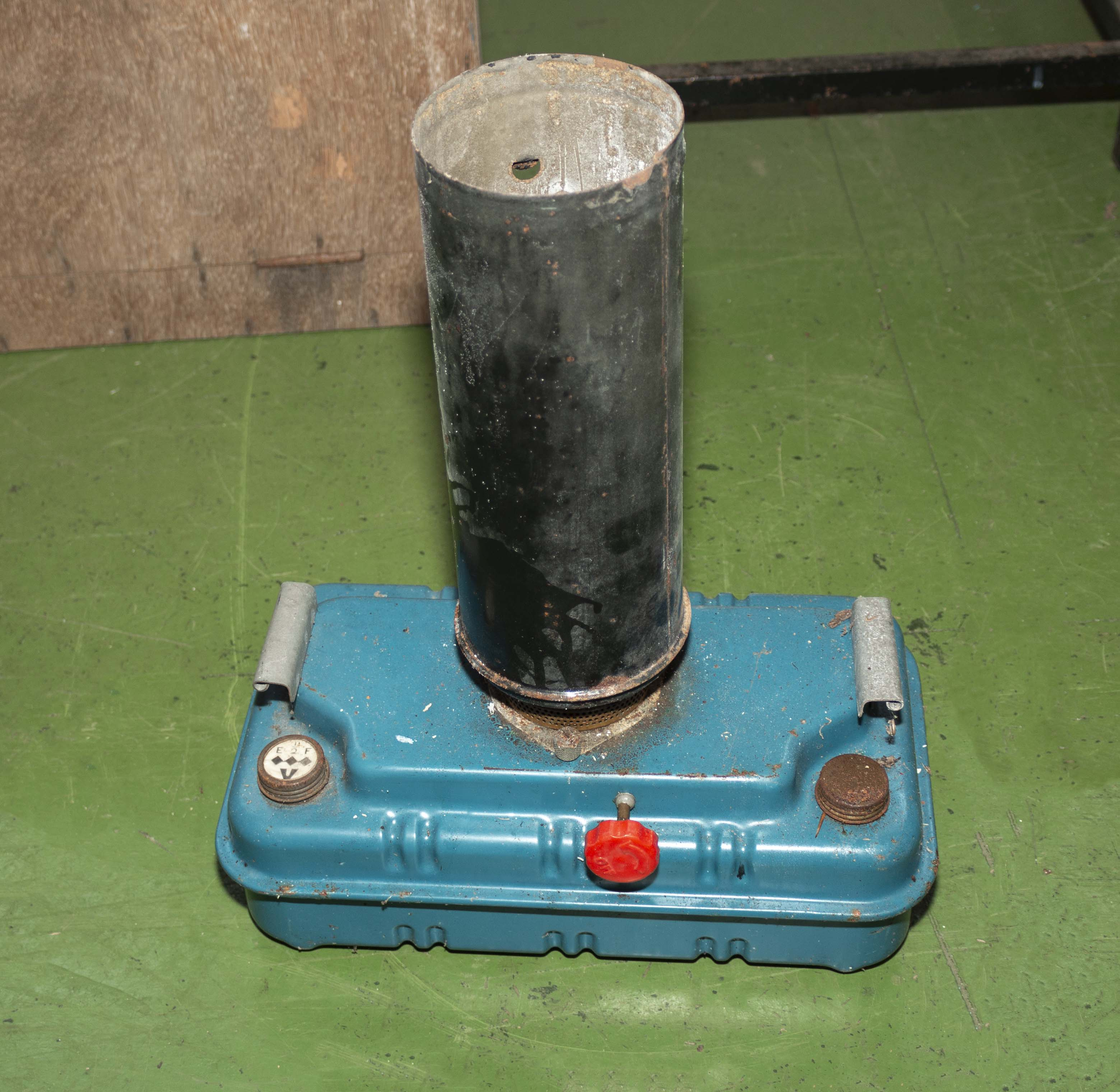 A Paraffin greenhouse heater